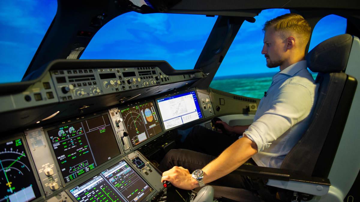 Finnair on aloittanut lentäjien paluukoulutuksen, sillä syksyn ja talven lentovaraukset ovat lisääntyneet, ja yhtiö lisää liikennettä.