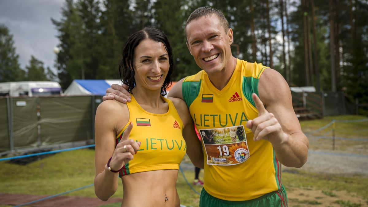 Eukonkannon maailmanmestaruuden vei toistamiseen liettualainen aviopari