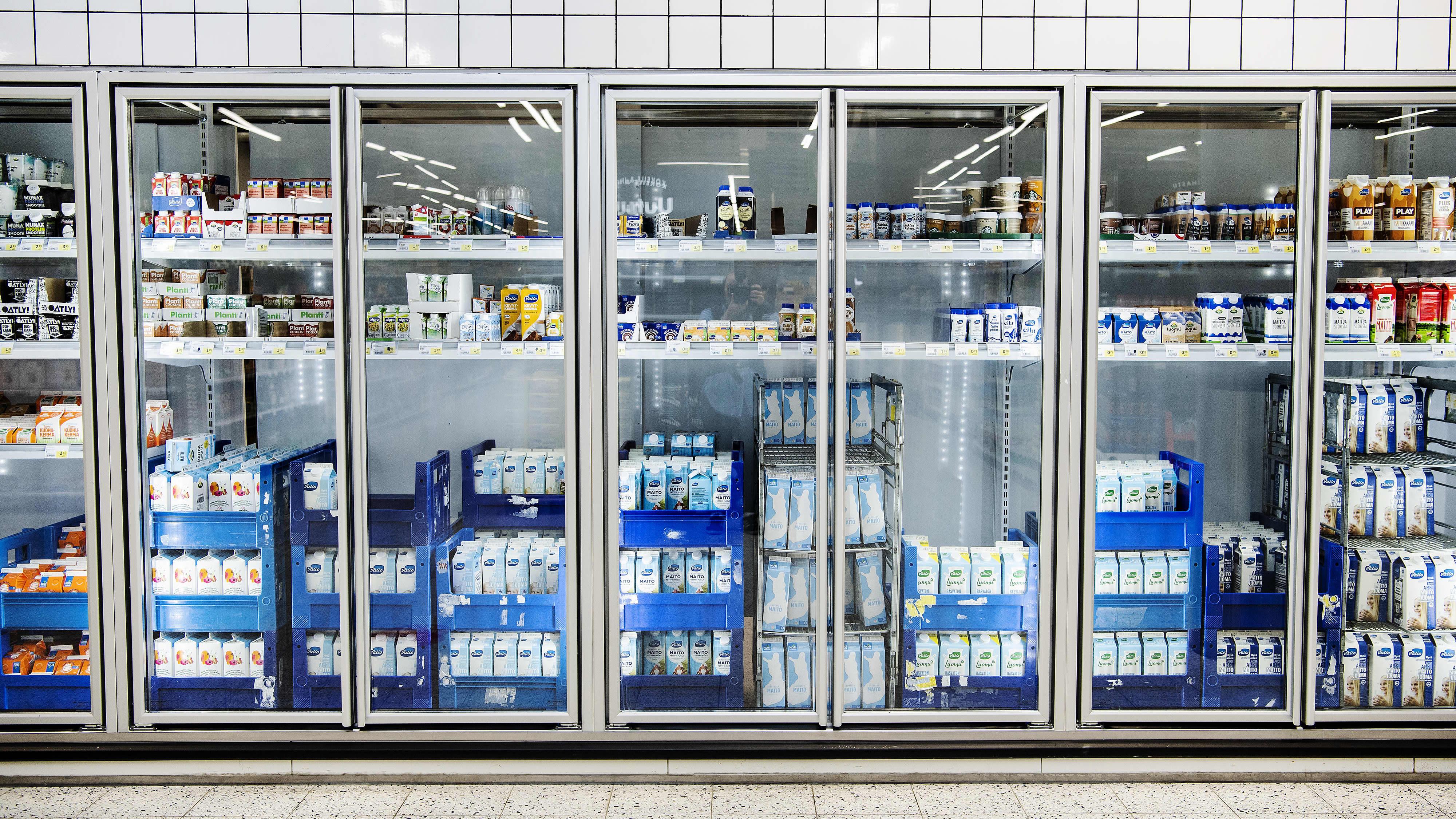 Kuvassa on maitotuotteita Helsingissä Triplan Prismassa heinäkuussa 2020.