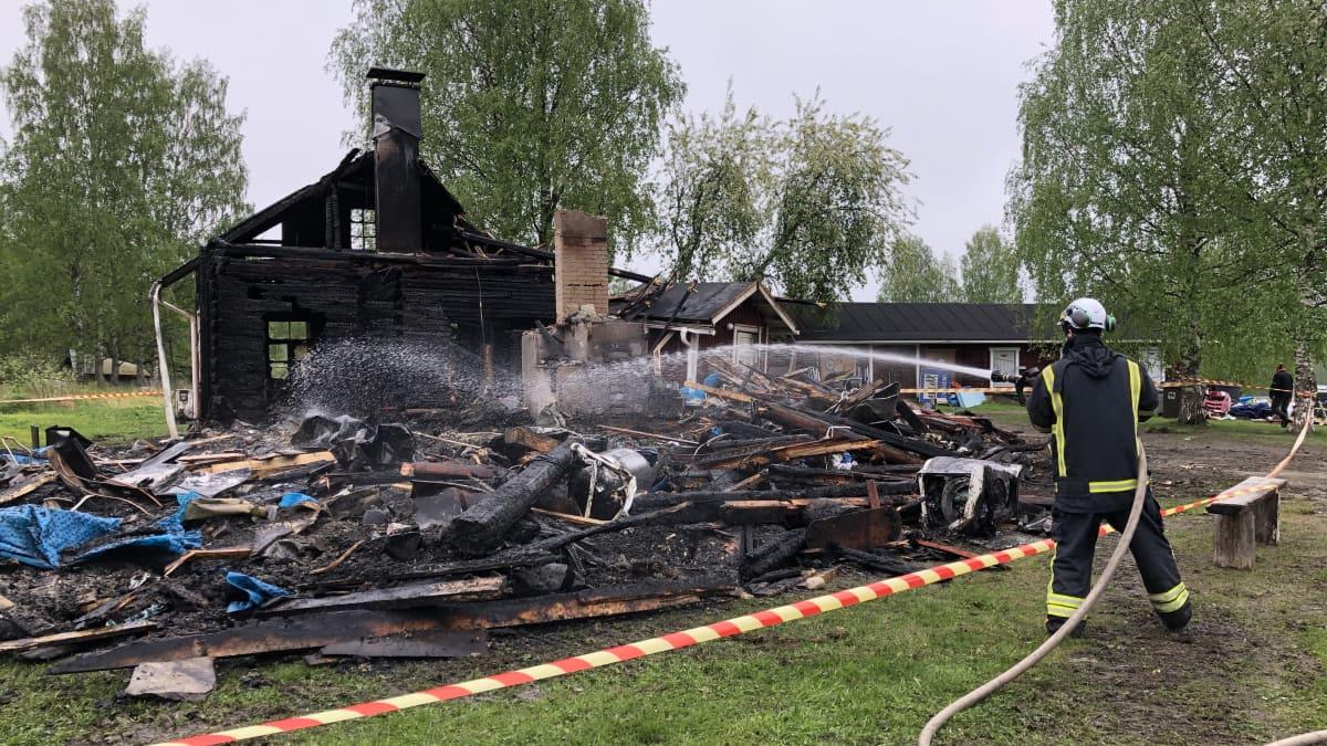Vaeltajien suosima retkeilykeskus paloi maan tasalle Kolilla