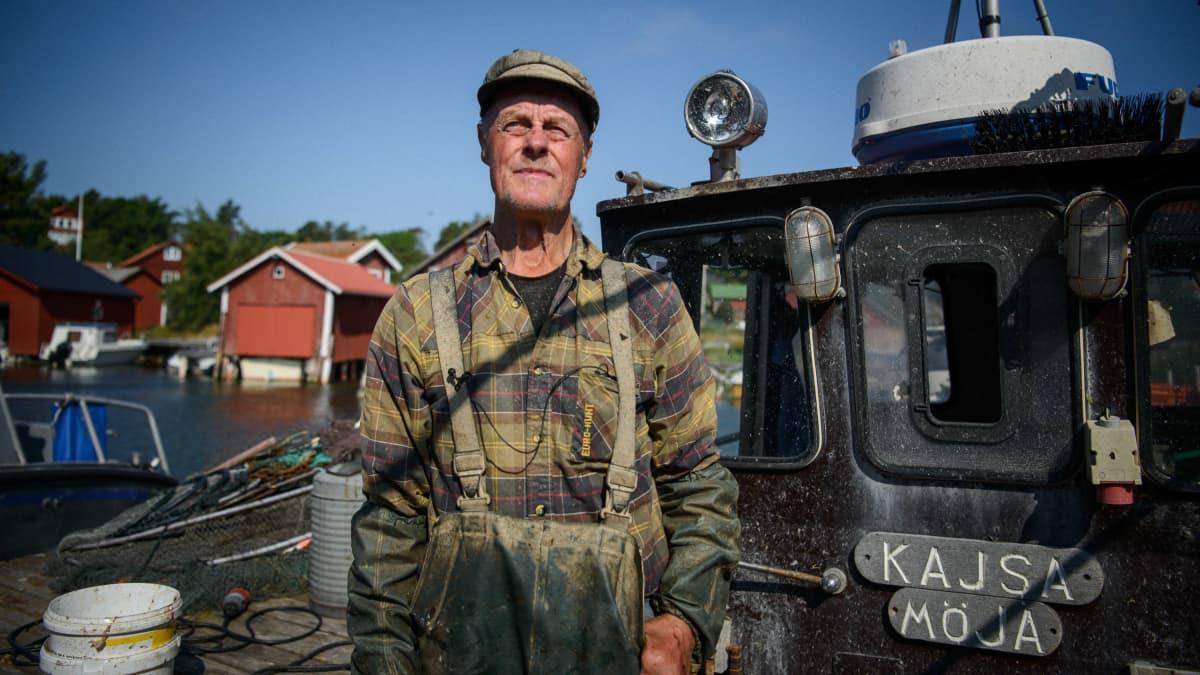 Kalastaja Rune Wikström on huolissaan Itämeren tilasta