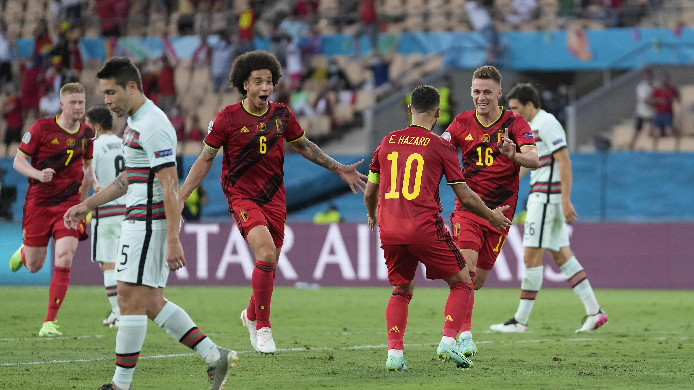 Thorgan Hazard laukoo Belgian 1–0-johtoon