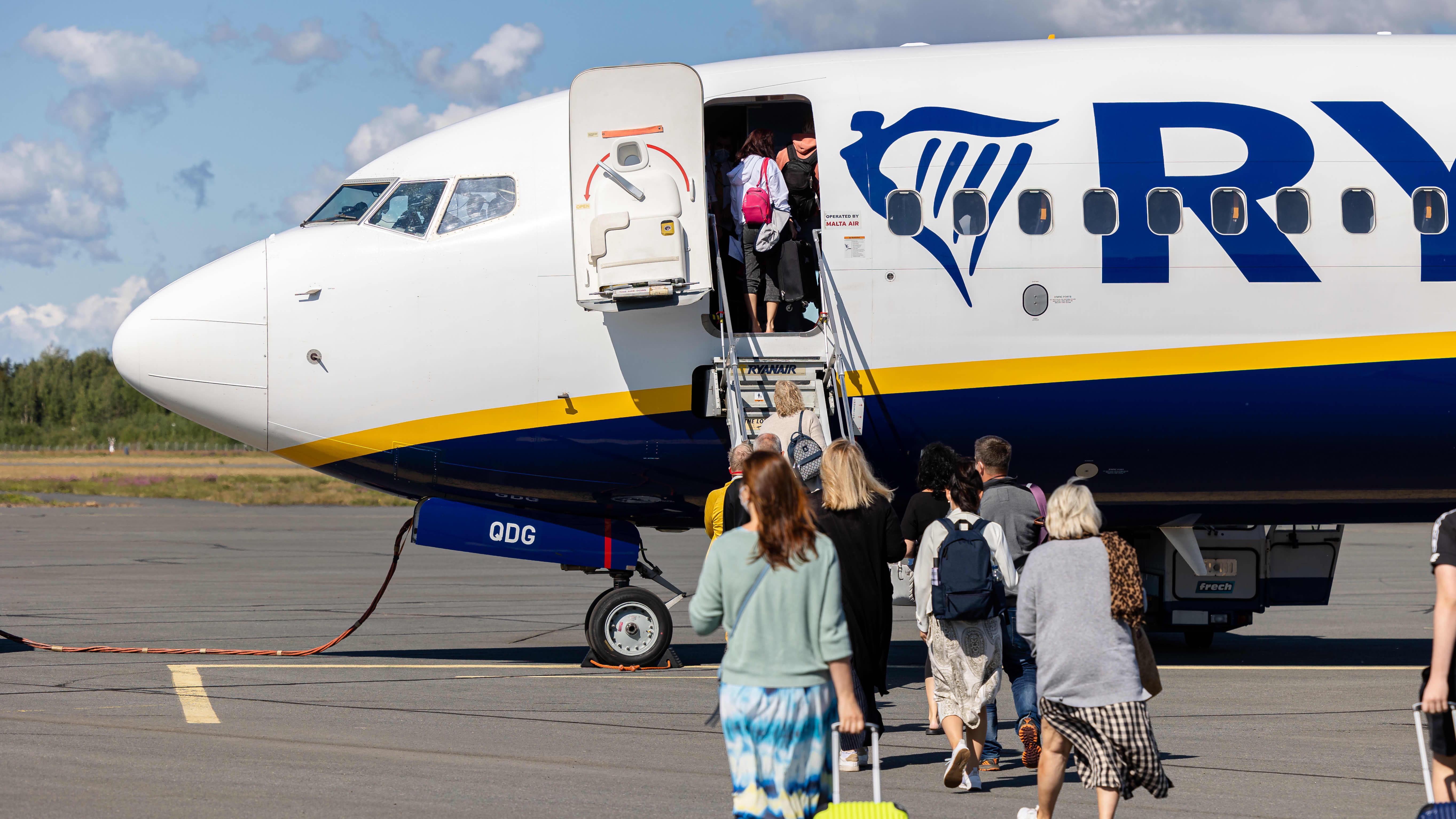 Ryanairin konsernijohtaja Michael O'Leary ennakoi yhtiön lentojen palaavan koronapandemiaa edeltävälle tasolle talvella.