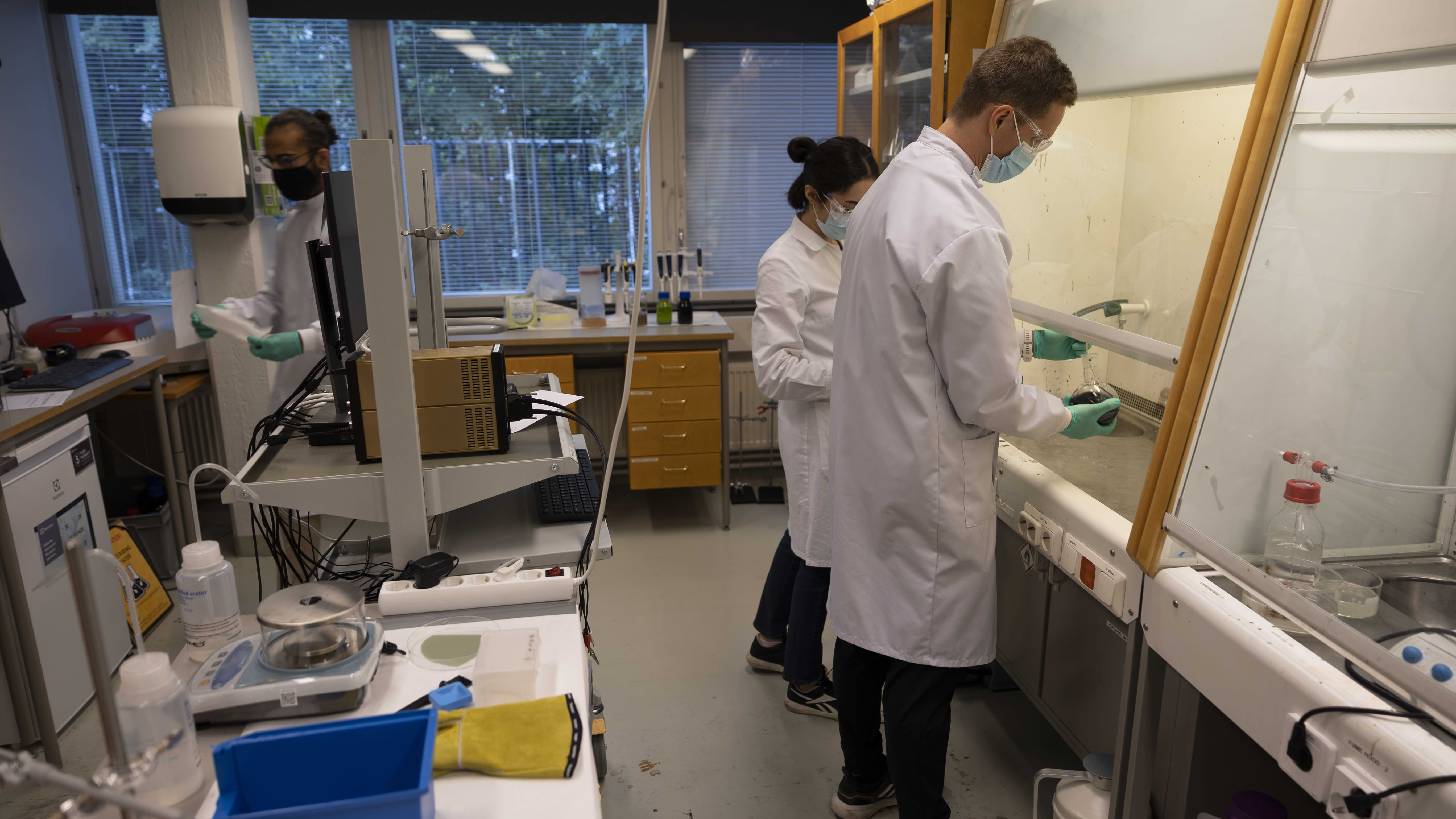 Akkumateriaalin tutkimusta Turun yliopistossa