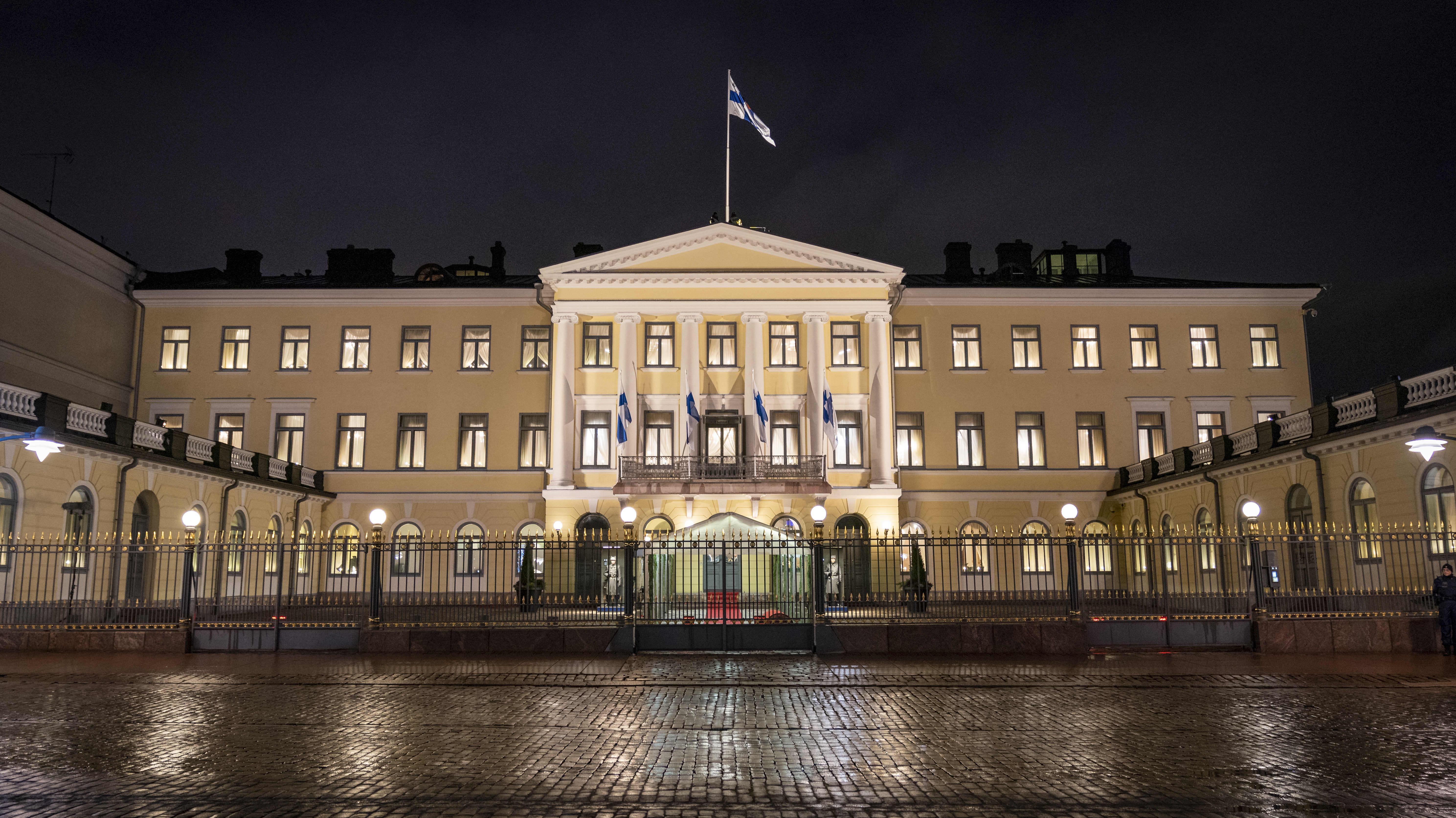 Presidentin linna linnanjuhlien aikaan.