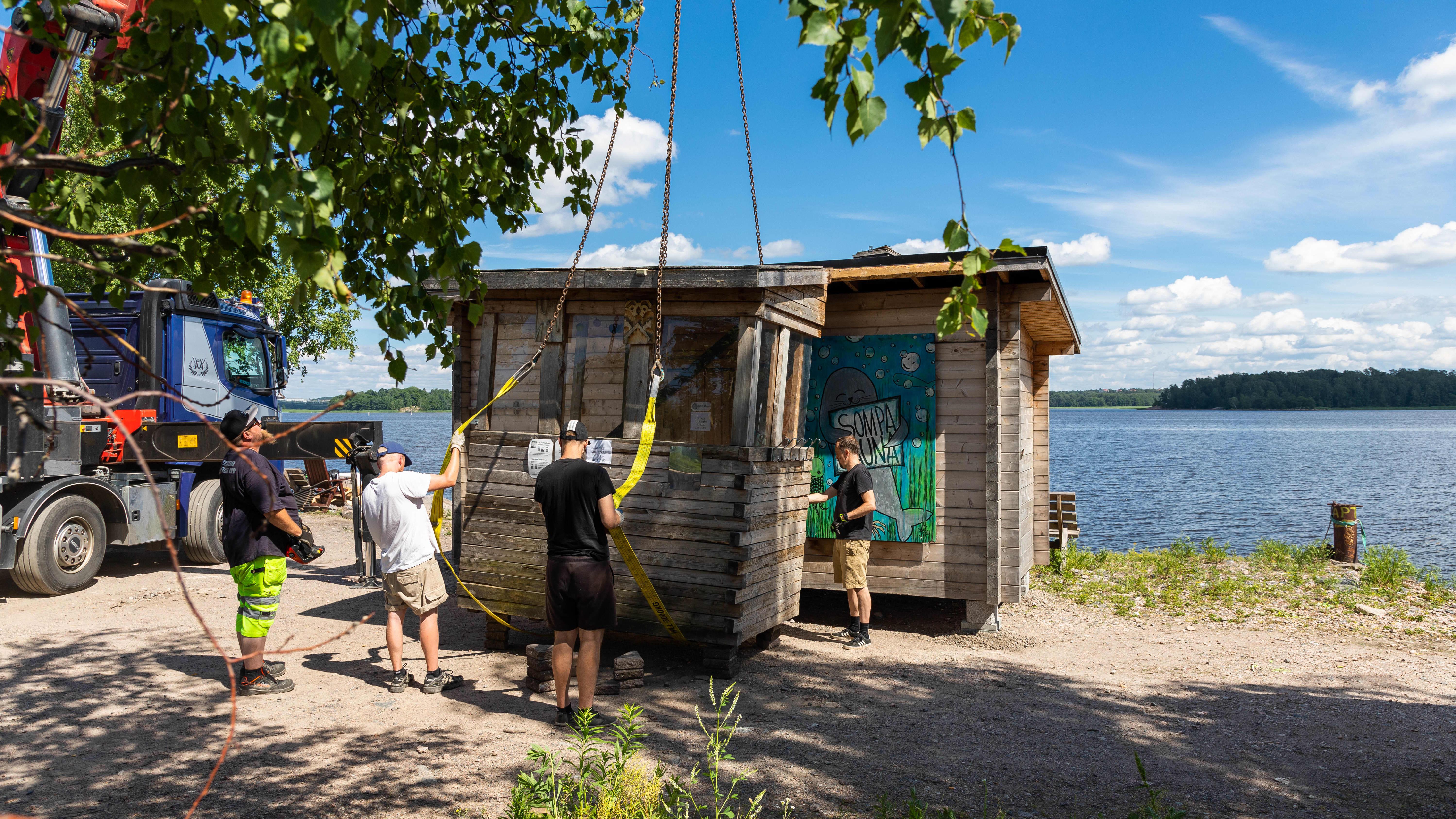 Helsingin tunnetuin sauna vaihtoi tänään osoitetta