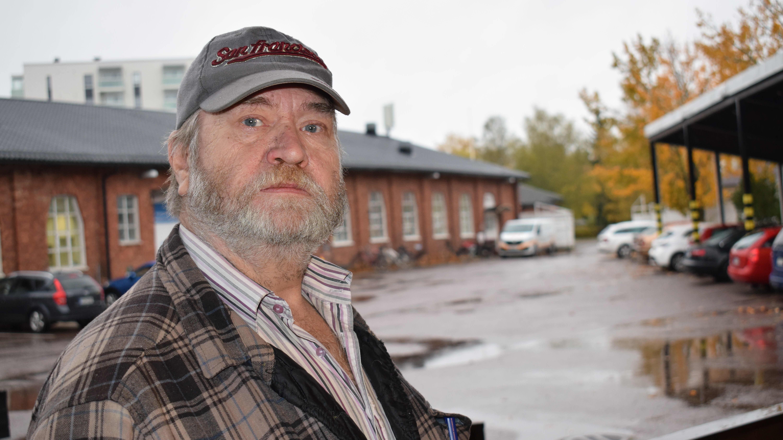 Pitkäaikaistyötön Jari Suominen