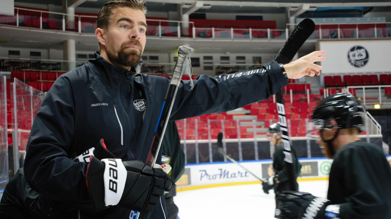 HC TPS:n päävalmentaja Jussi Ahokas