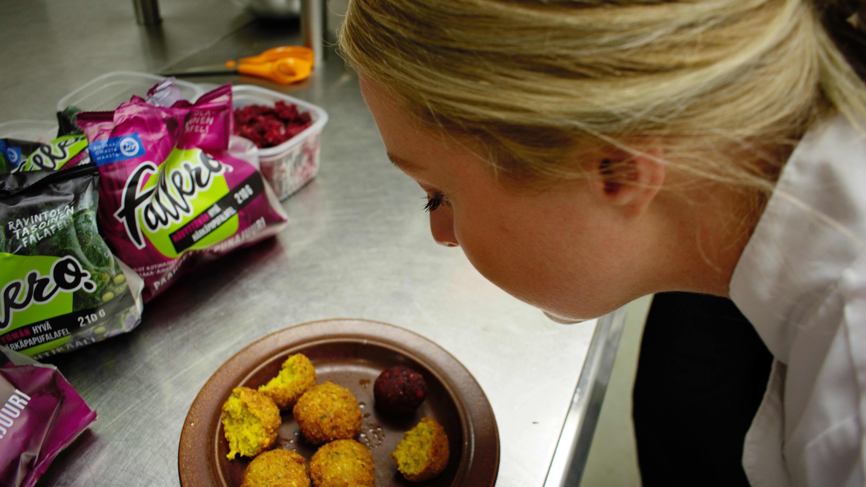 Turkulaisessa kasvisruokaravintolassa osataan kehittää hittiruokia