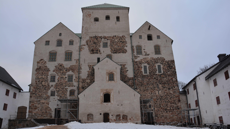Turun linna ulkokuvassa..