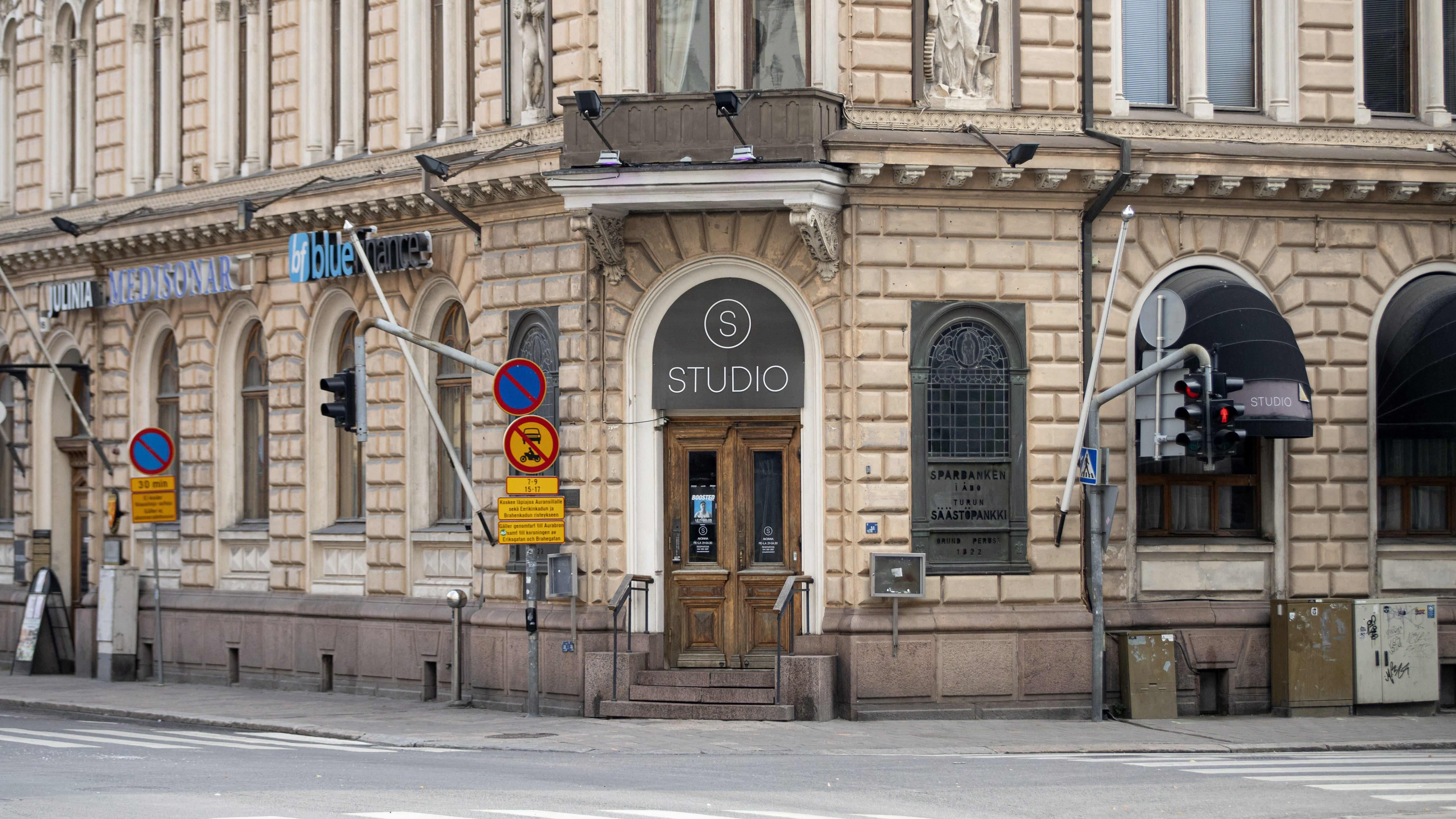 Ravintola Studio.