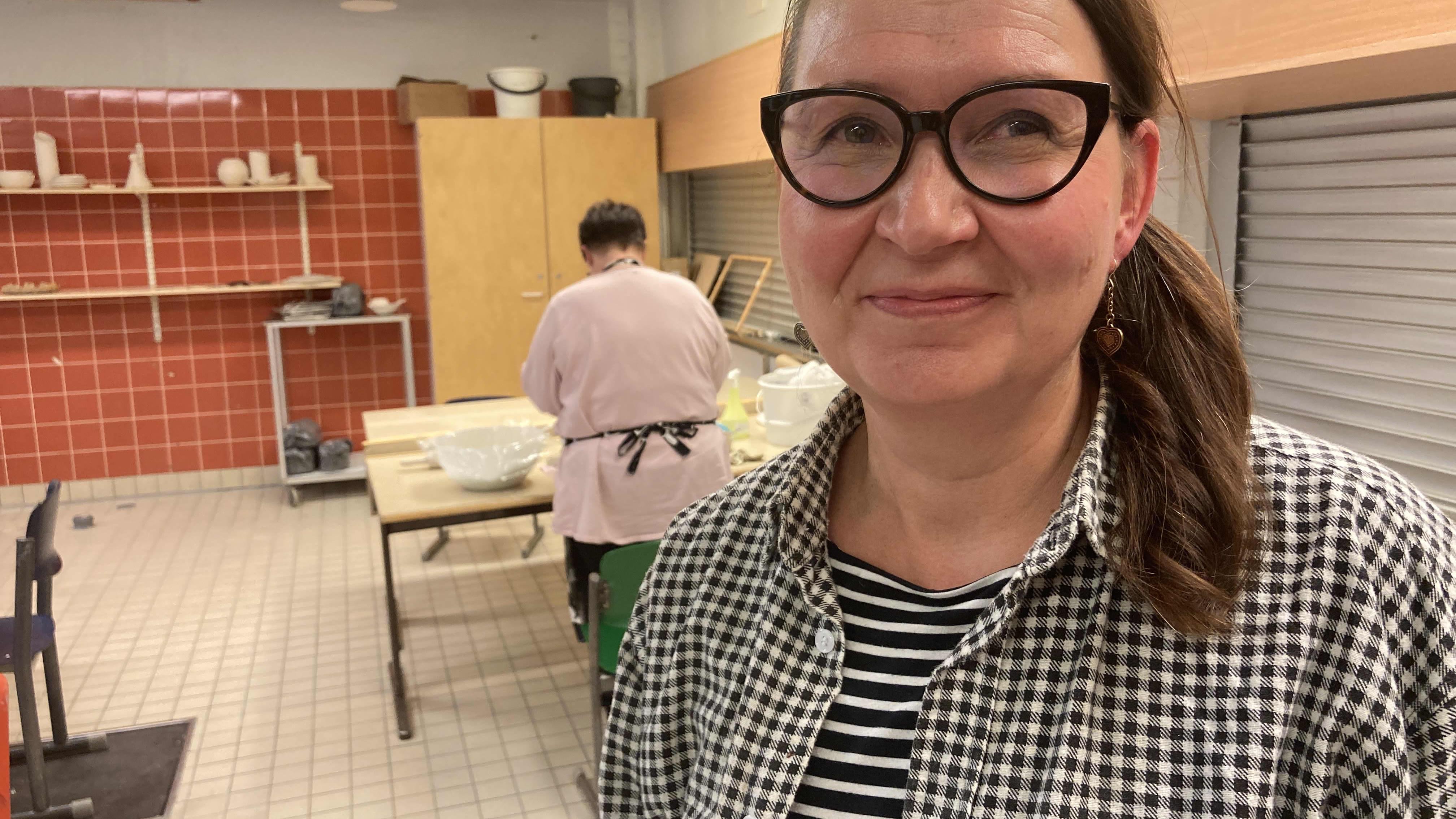 Tuulikki Ahola on tänä syksynä saanut keramiikkakipinän.