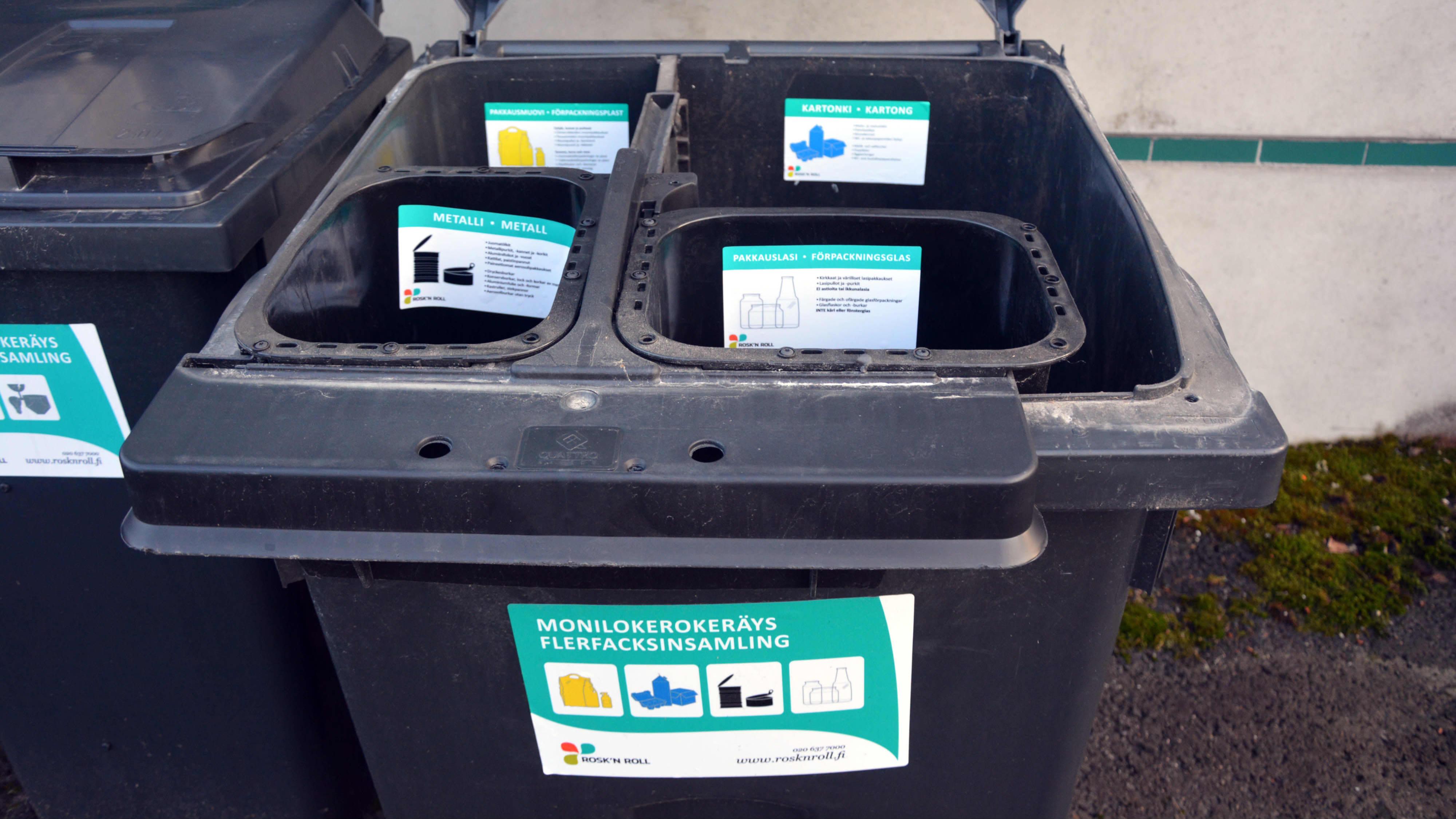 Avfallskärl för ett hushåll för plast, kartong, metall och glas.