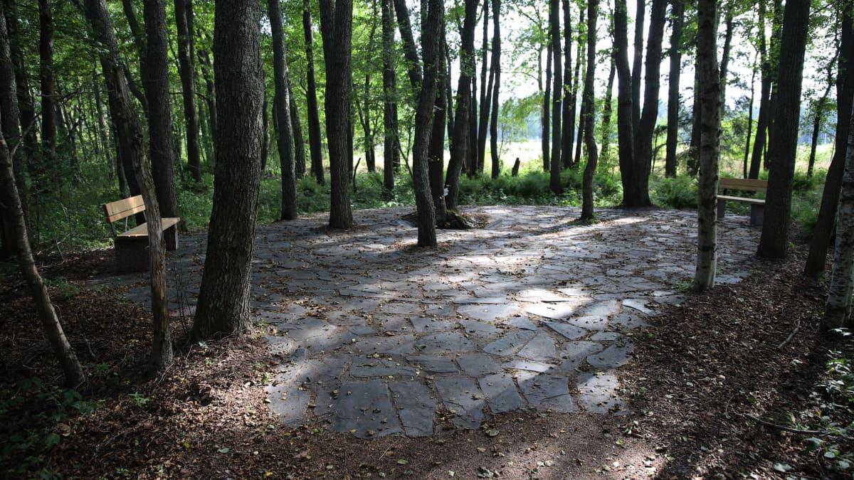 Venäjän viimeisen keisarin vanha kesänviettopaikka Virolahdella on kunnostettu retkeilykäyttöön