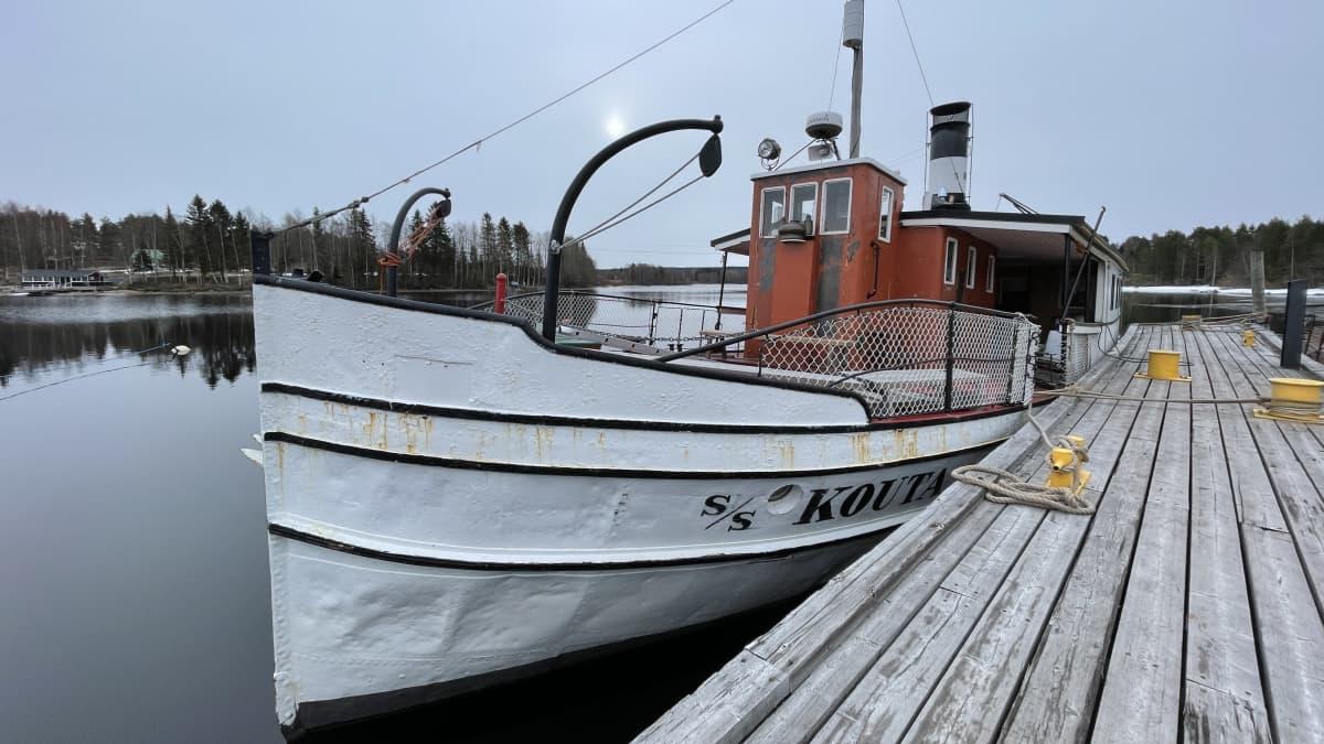 Kouta-laivan kattilaan menee 5 000 litraa vettä