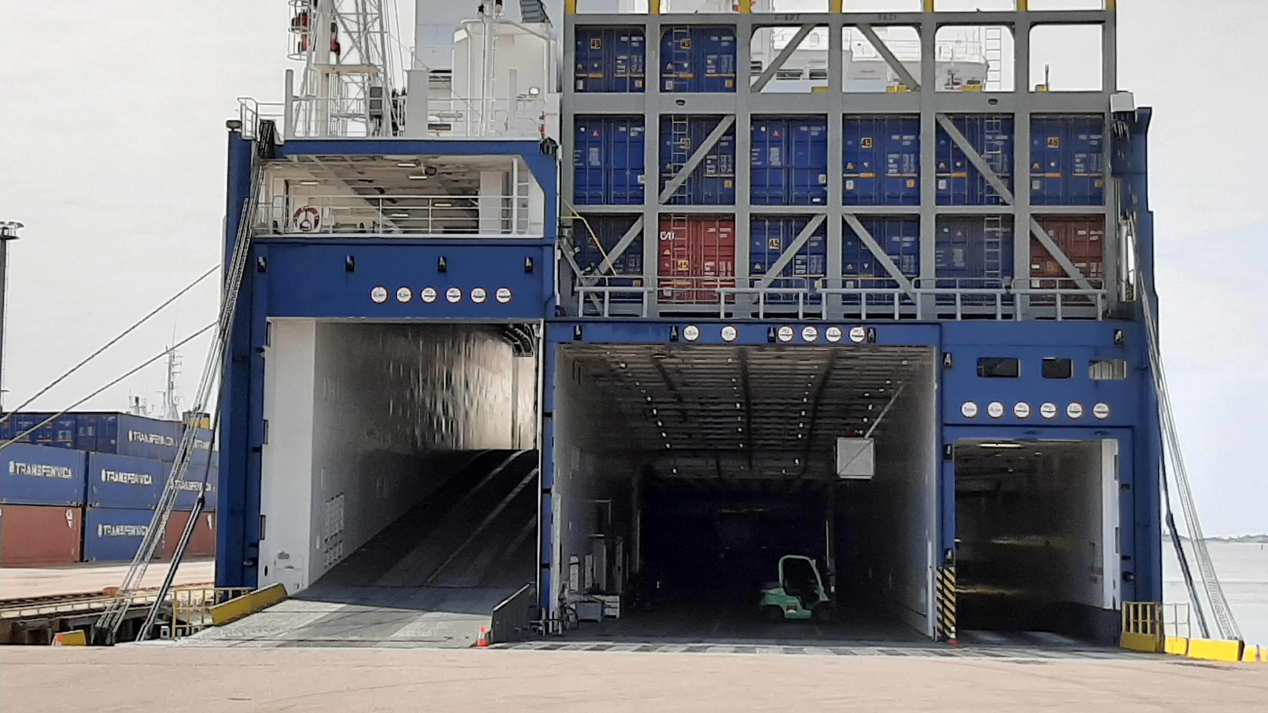 Fartyg i Hangö hamn