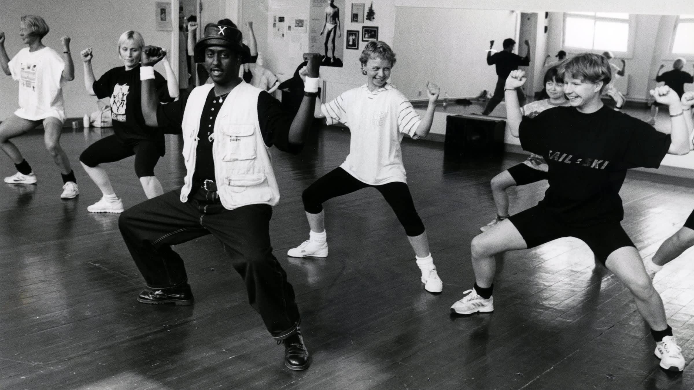 Cat people -tanssiryhmä 1980-luvulla Joensuussa
