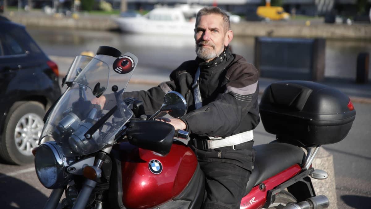 Moottoripyöräharrastajat tyytyväisiä, kun katsastuspakko ei toteutunutkaan