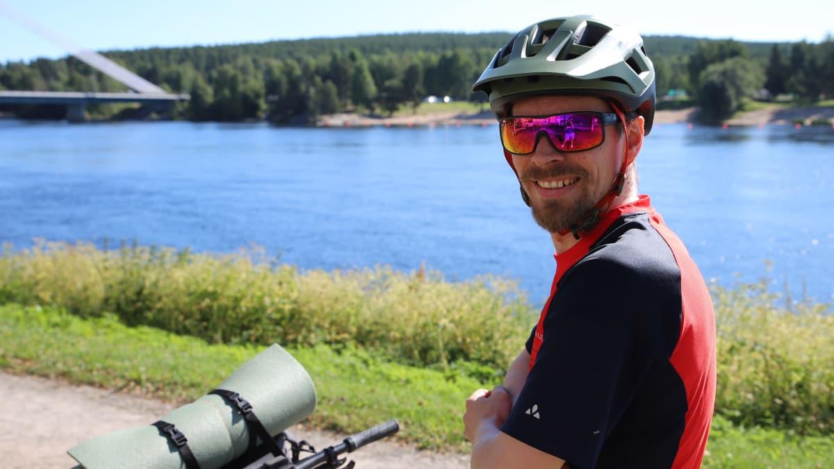 Maisemat palkitsevat pyöräilijän Lapissa – kokeneen kuskin vinkit pyöräretkelle
