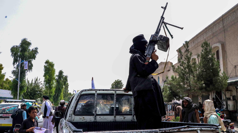 Talibanit partioivat.