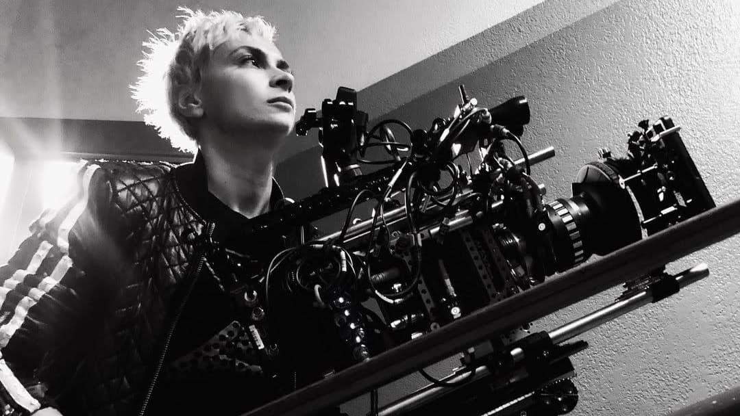 Surmansa elokuvauksissa saaneen Halyna Hutchinsin jullkaisema Instrgram-kuva.