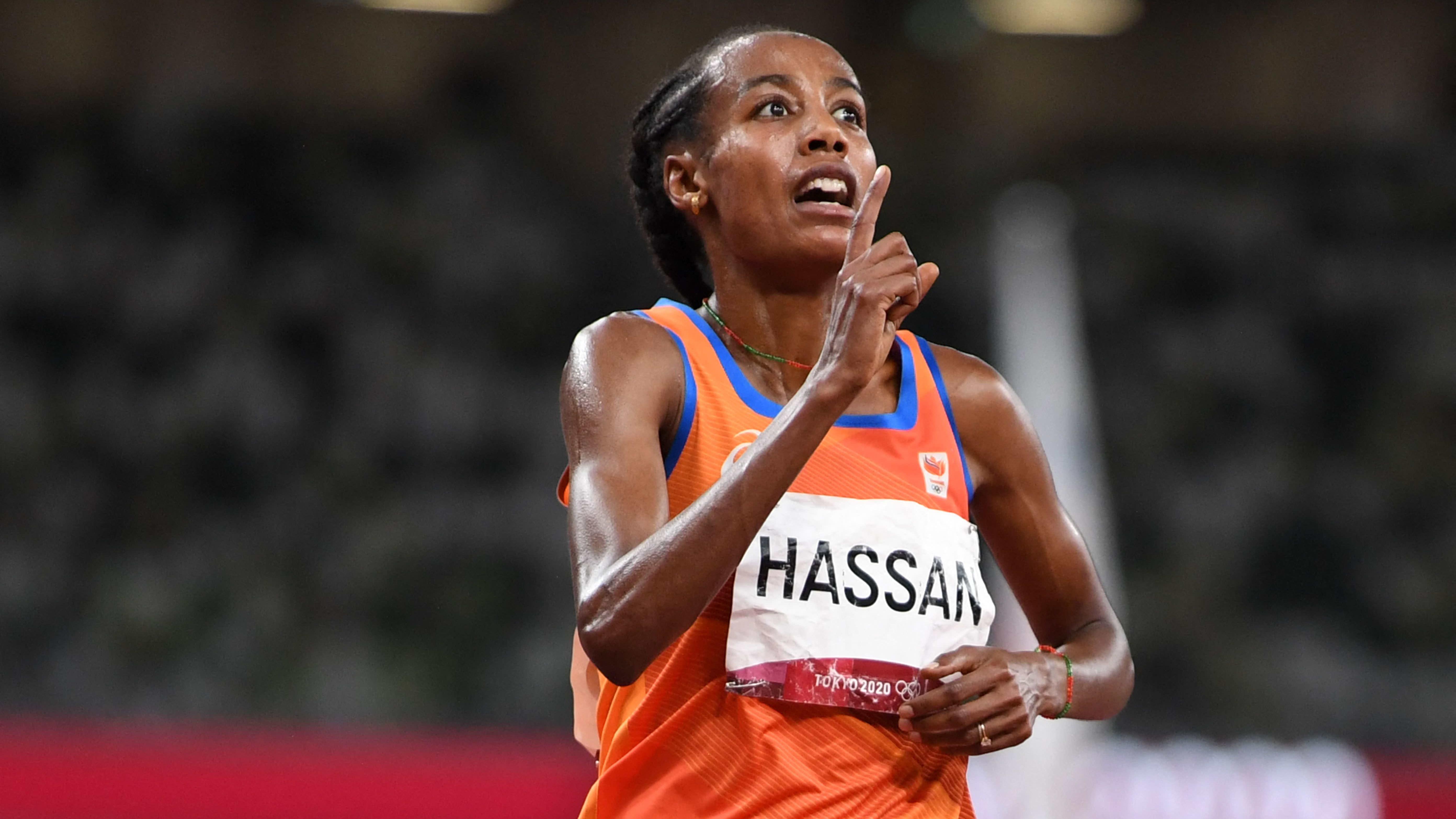 Sifan Hassanille tuplakultaa! Katso kuinka 10 000 metrin mitalit ratkaistiin viimeisellä kierroksella