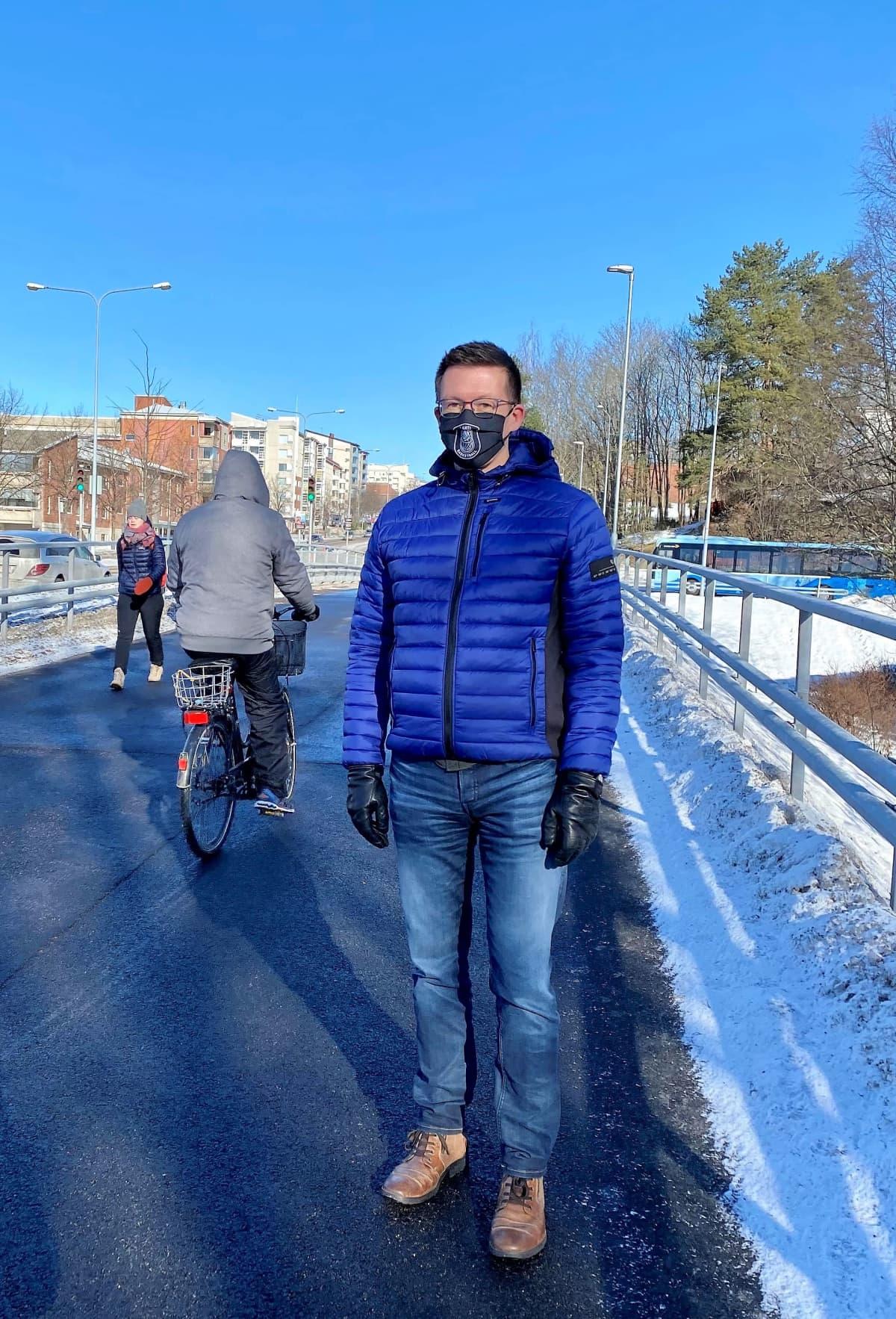 vs. kaupungininsinööri Mika Lastikka