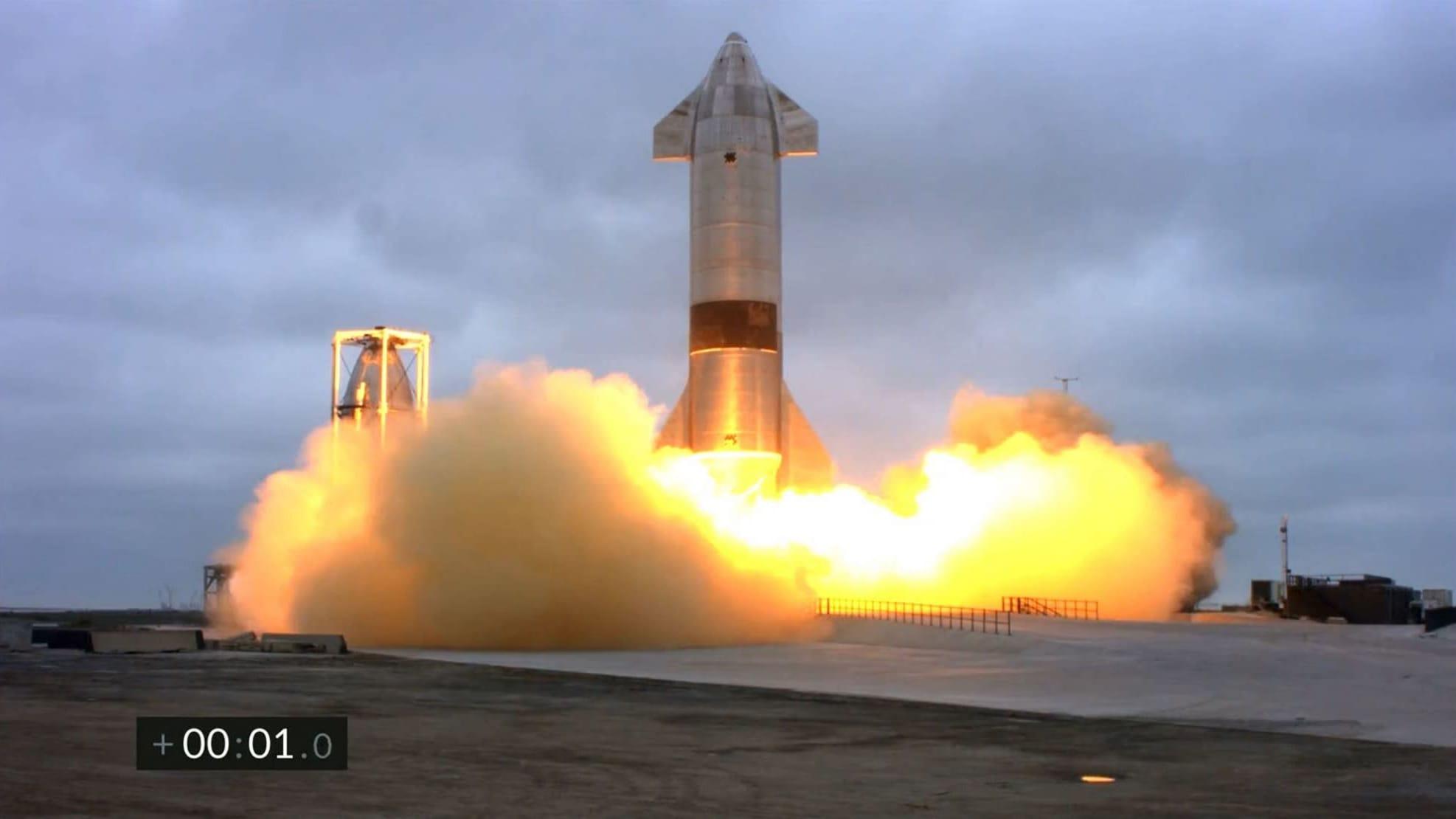 Starship-avaruusraketti laskeutui onnistuneesti Texasiin 6.5. 2021.