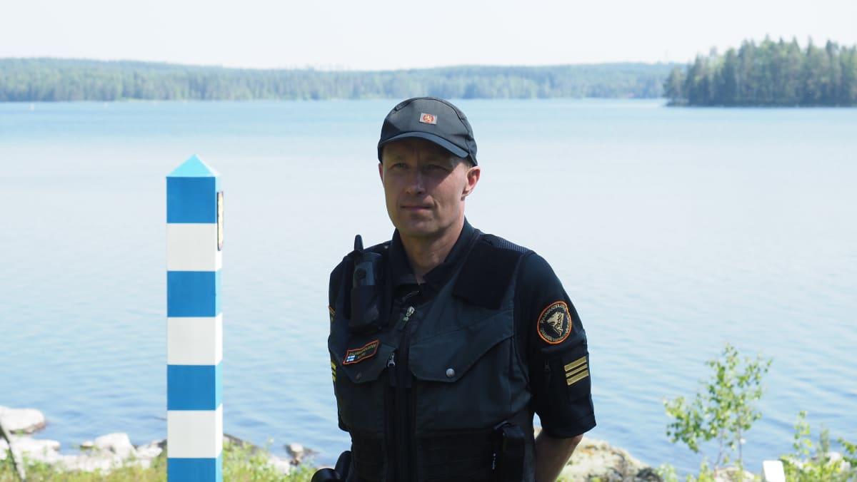 Janne Natri, Ilomantsin rajavartioaseman päällikkö.