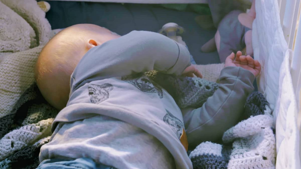 Nukkuva vauva.