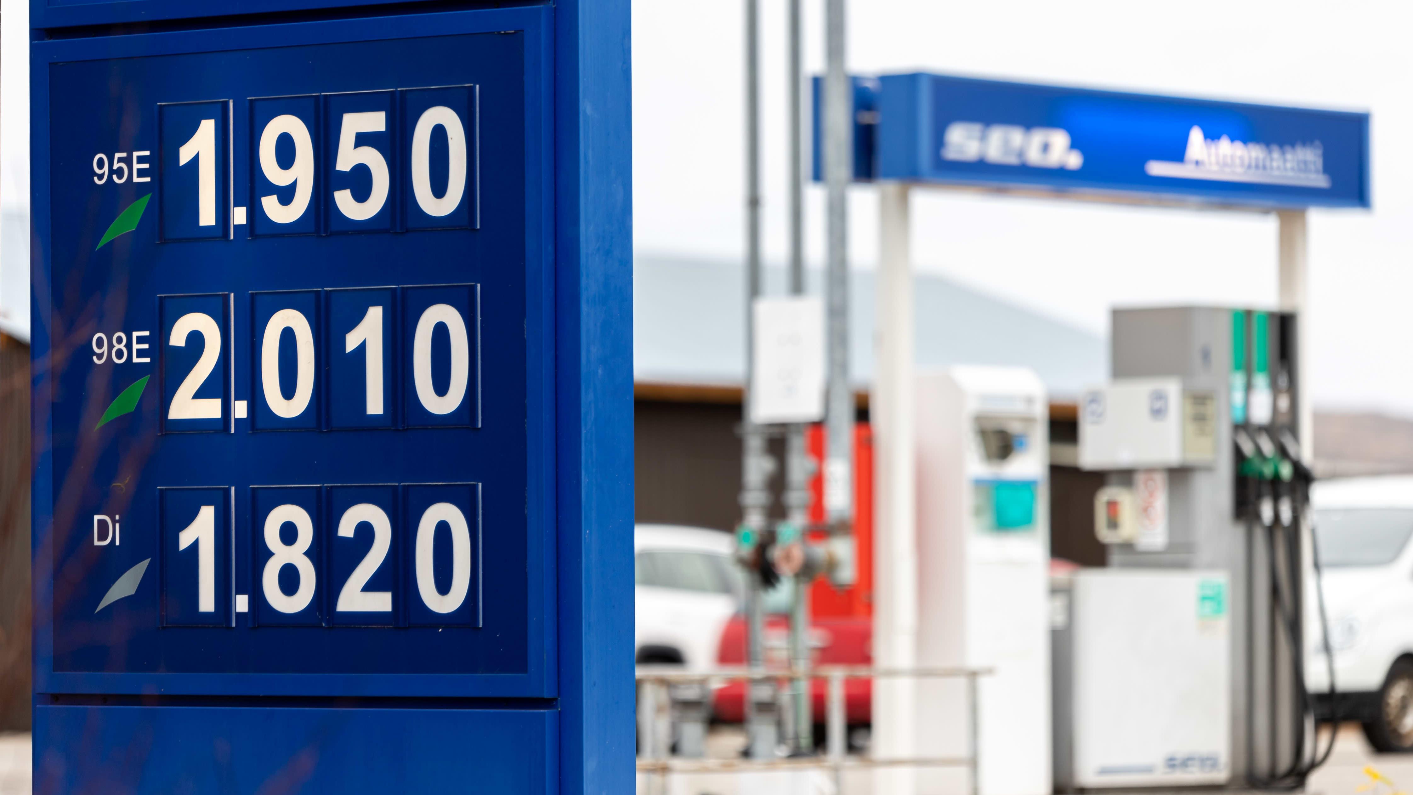 Polttoaineen hinta Nuorgamissa asemalla 7.10.2021.