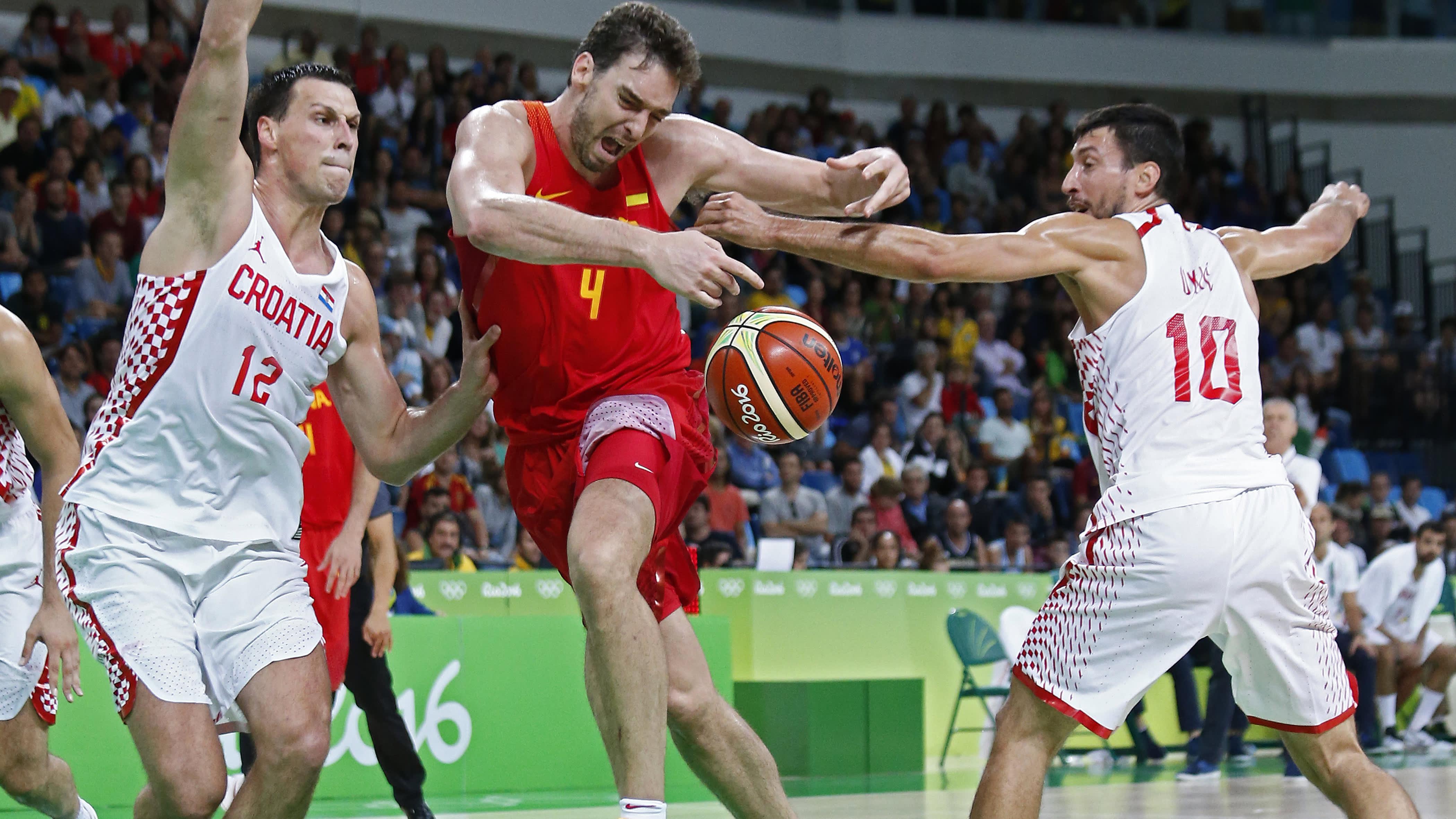 Rion olympialaiset: Kroatia koripallosensaatioon! Katso ottelun loppuhetket