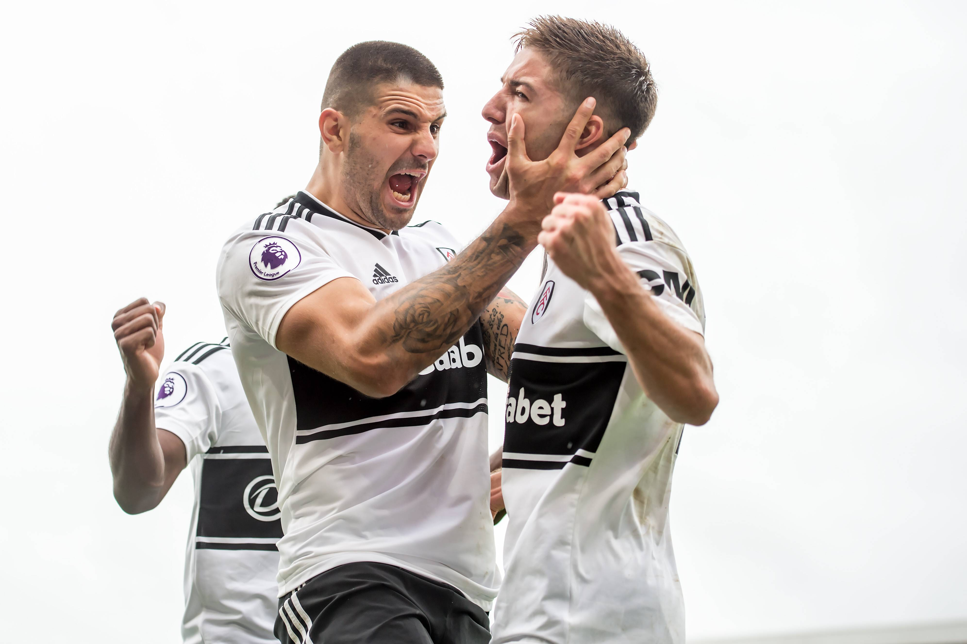 Watford ja Fulham tasapeliin, Mitrovicille jo kauden viides maali