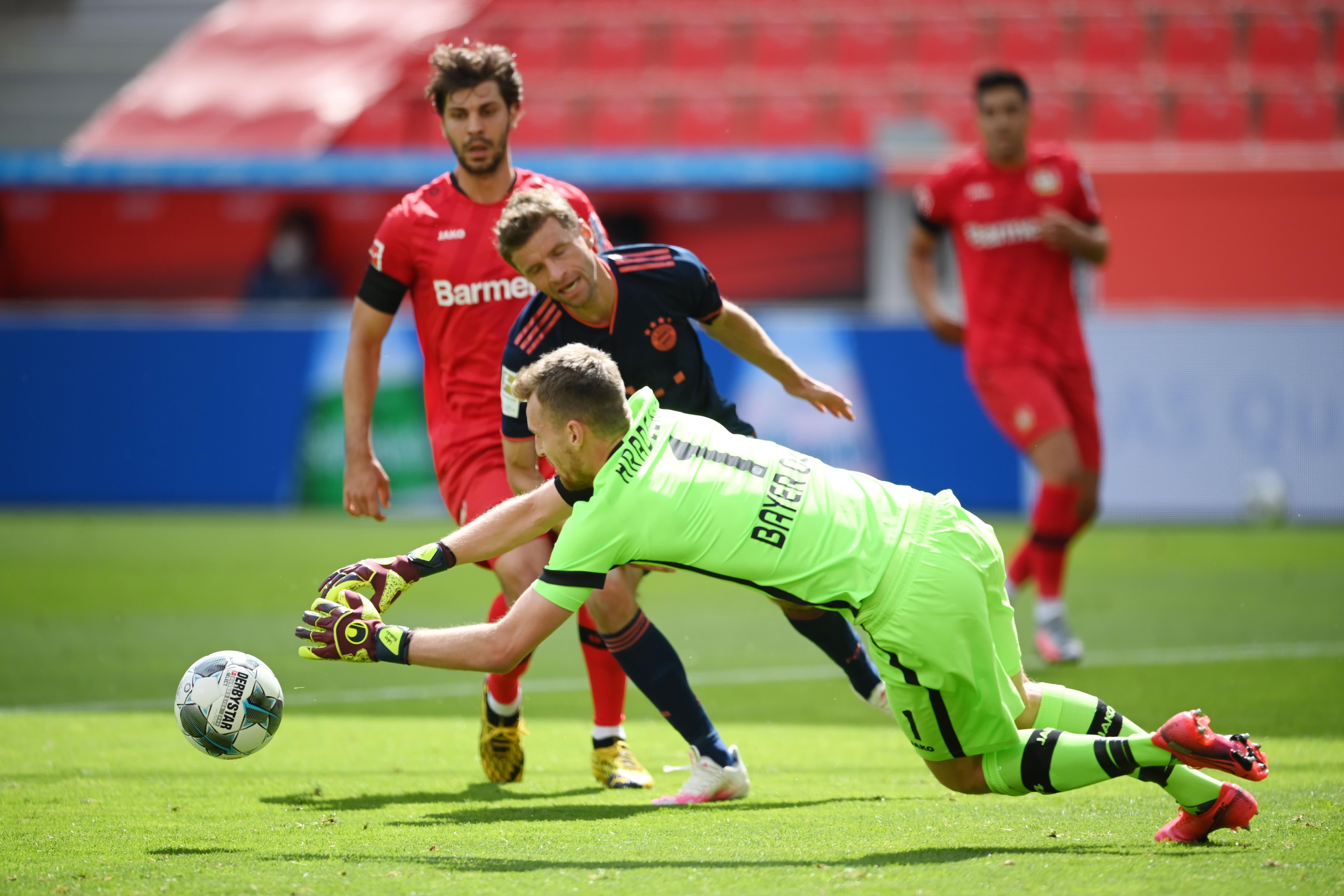 Lukas Hradecky koki Bayernin  maalintekovoiman