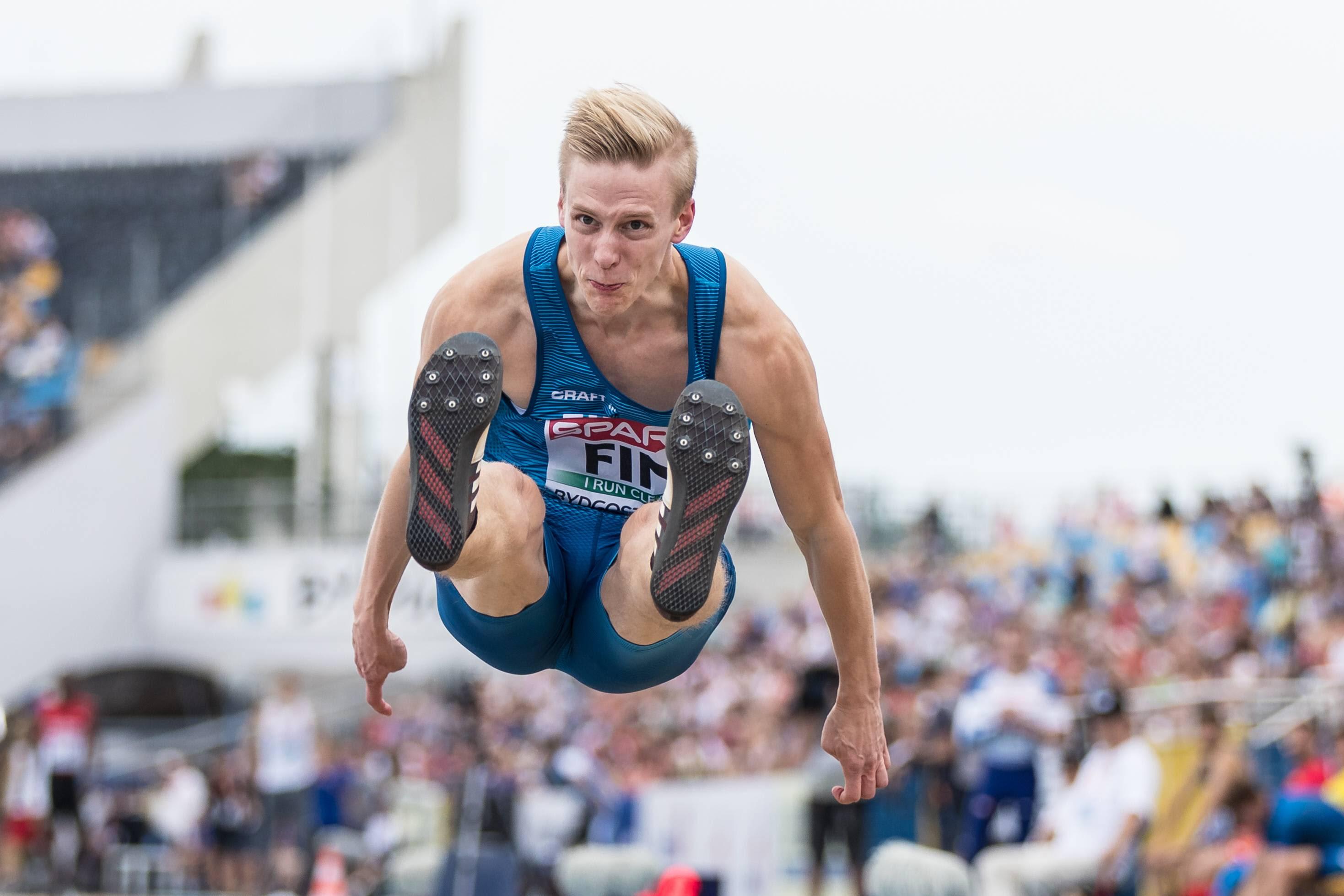 Yle Urheilun yleisurheiluasiantuntija Jarkko Finni vierailia urheiluruudussa sunnuntaina