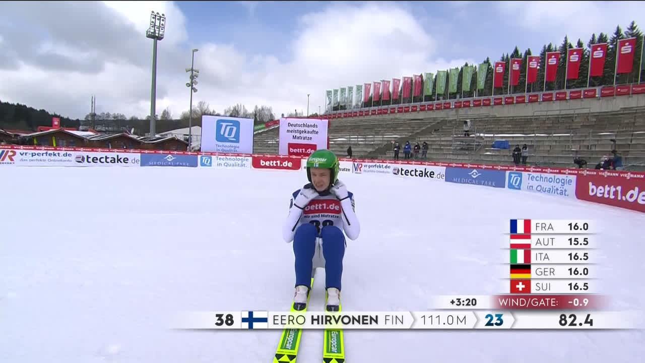 Eero Hirvonen lähetti onnitteluterveiset hyppynsä jälkeen