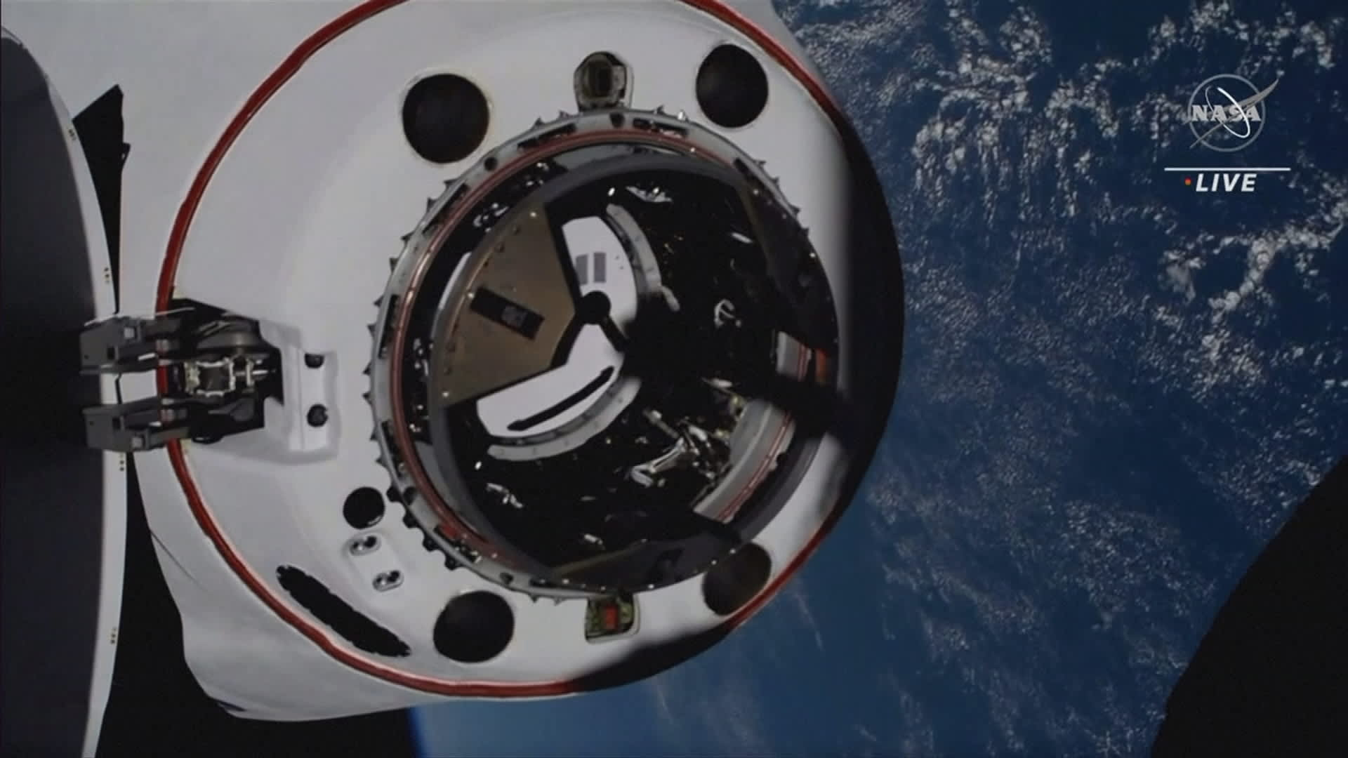 Miehistö vaihtui kansainvälisellä avaruusasemalla ISS:llä