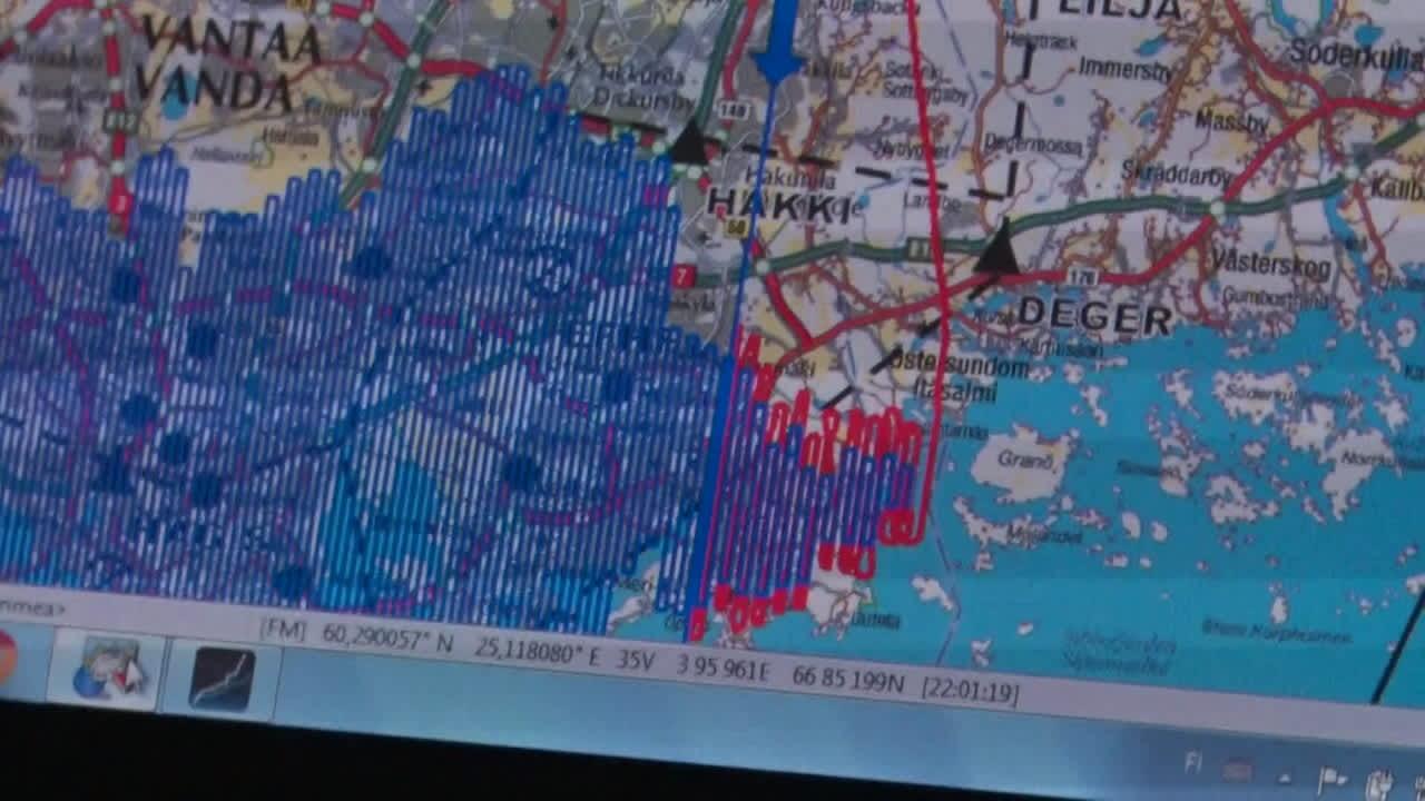 Helsingin kaukolämpöputkien mahdollisia vuotoja etsitään helikopterista