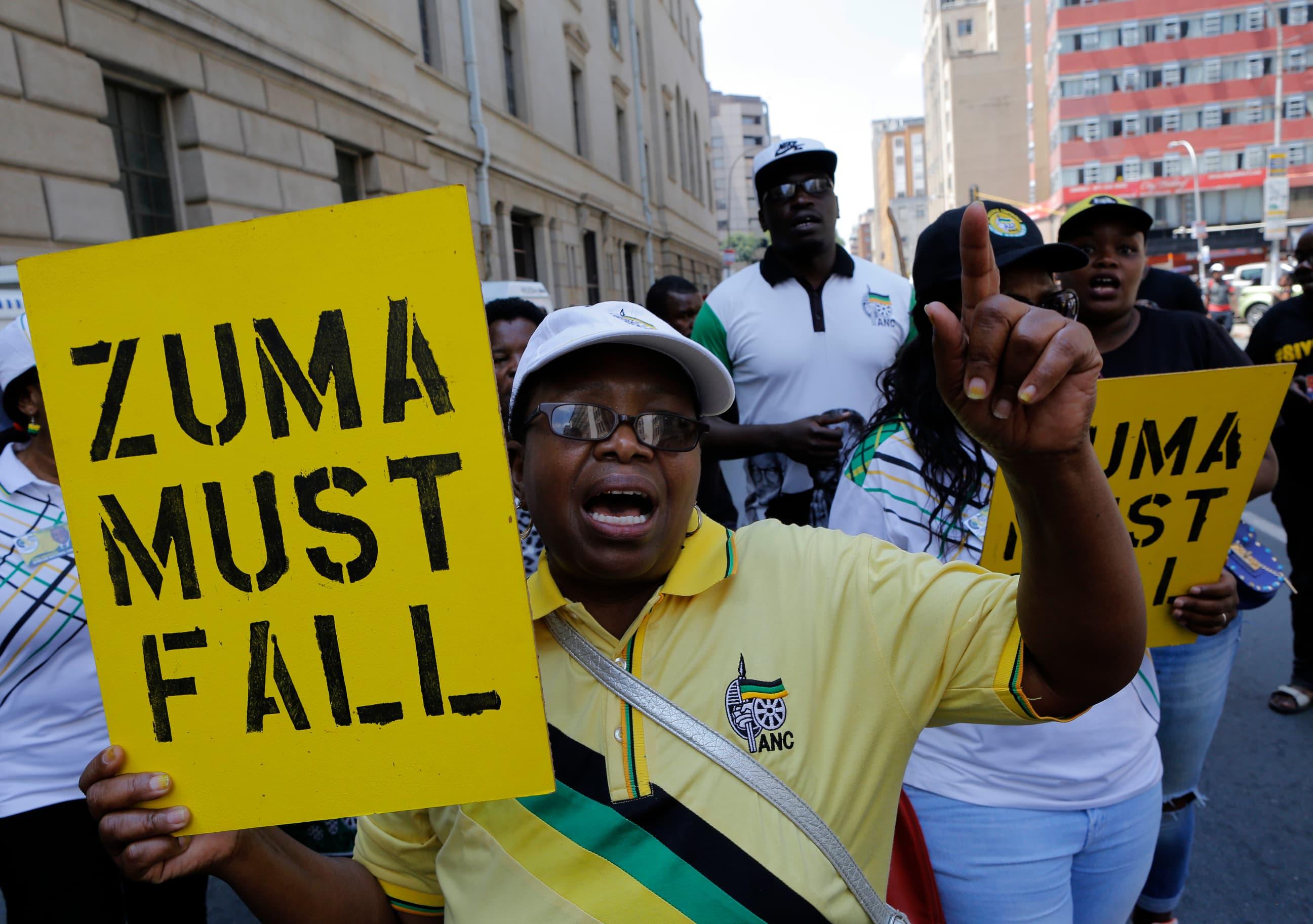 Mielensoittajat vaativat Zuman eroa