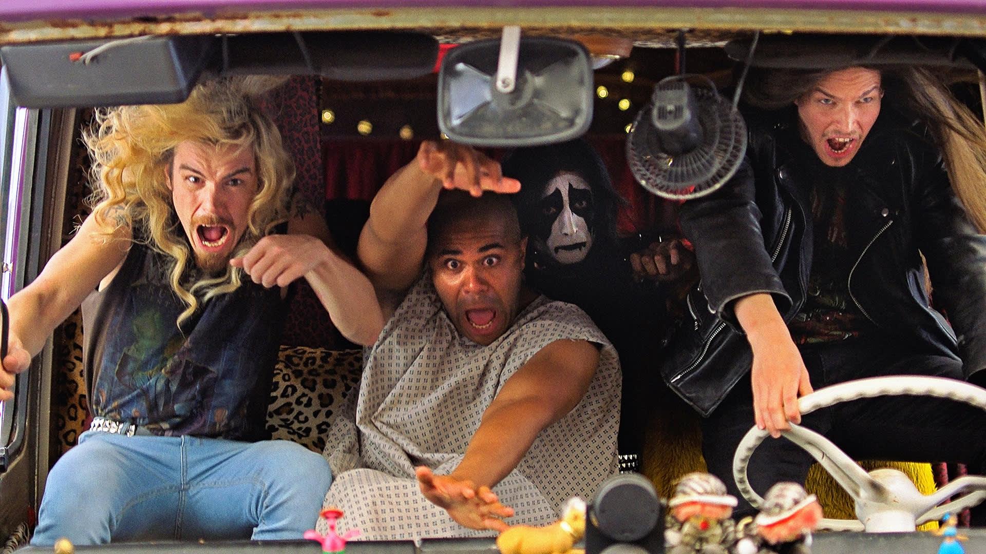Hevi Reissu -elokuvan stillkuvassa vasemmalta oikealle: Samuli Jaskio, Chike Ohanwe, Max Ovaska, Johannes Holopainen.