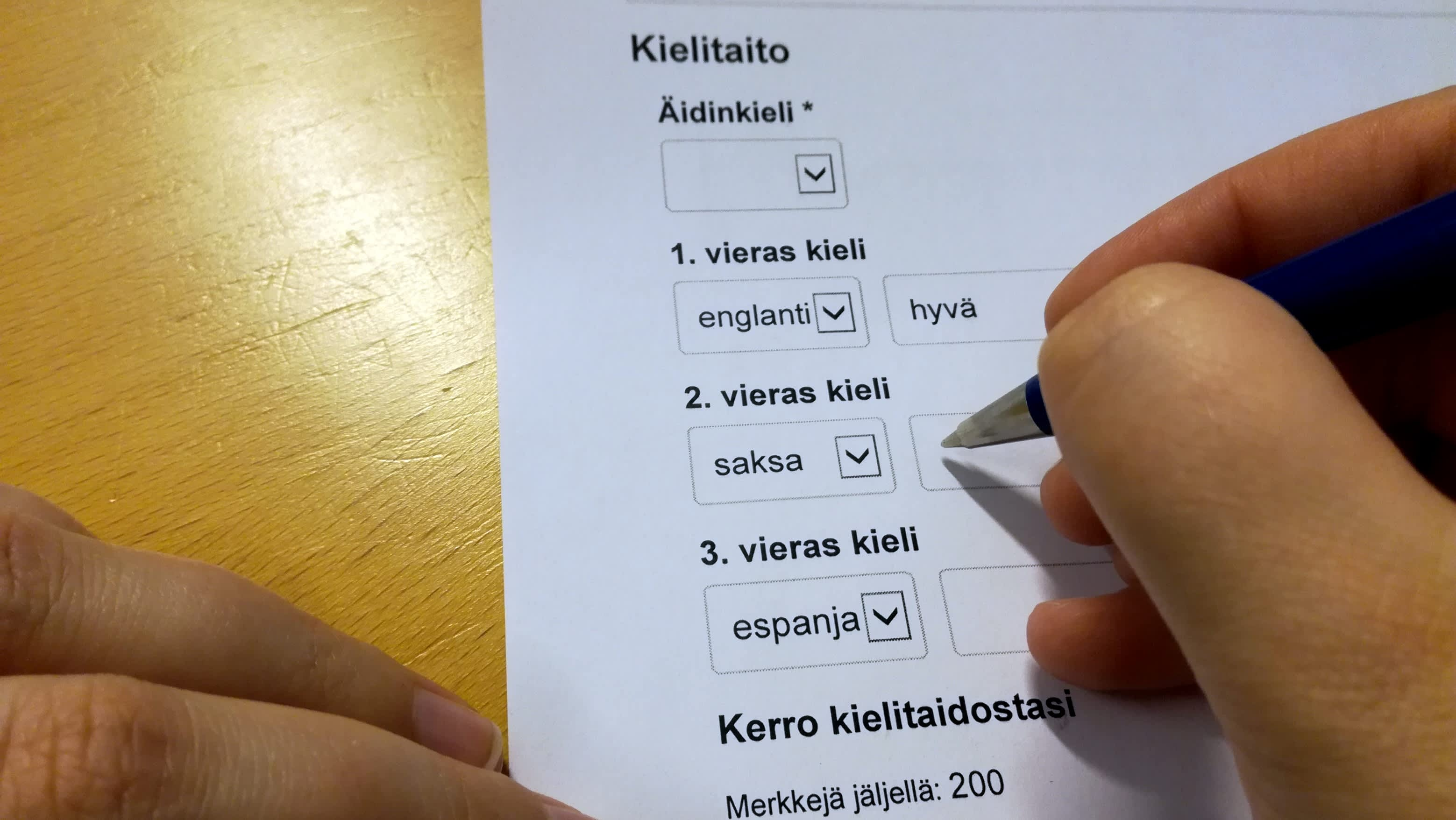 Työhakemuksessa kysytään kielitaitoa