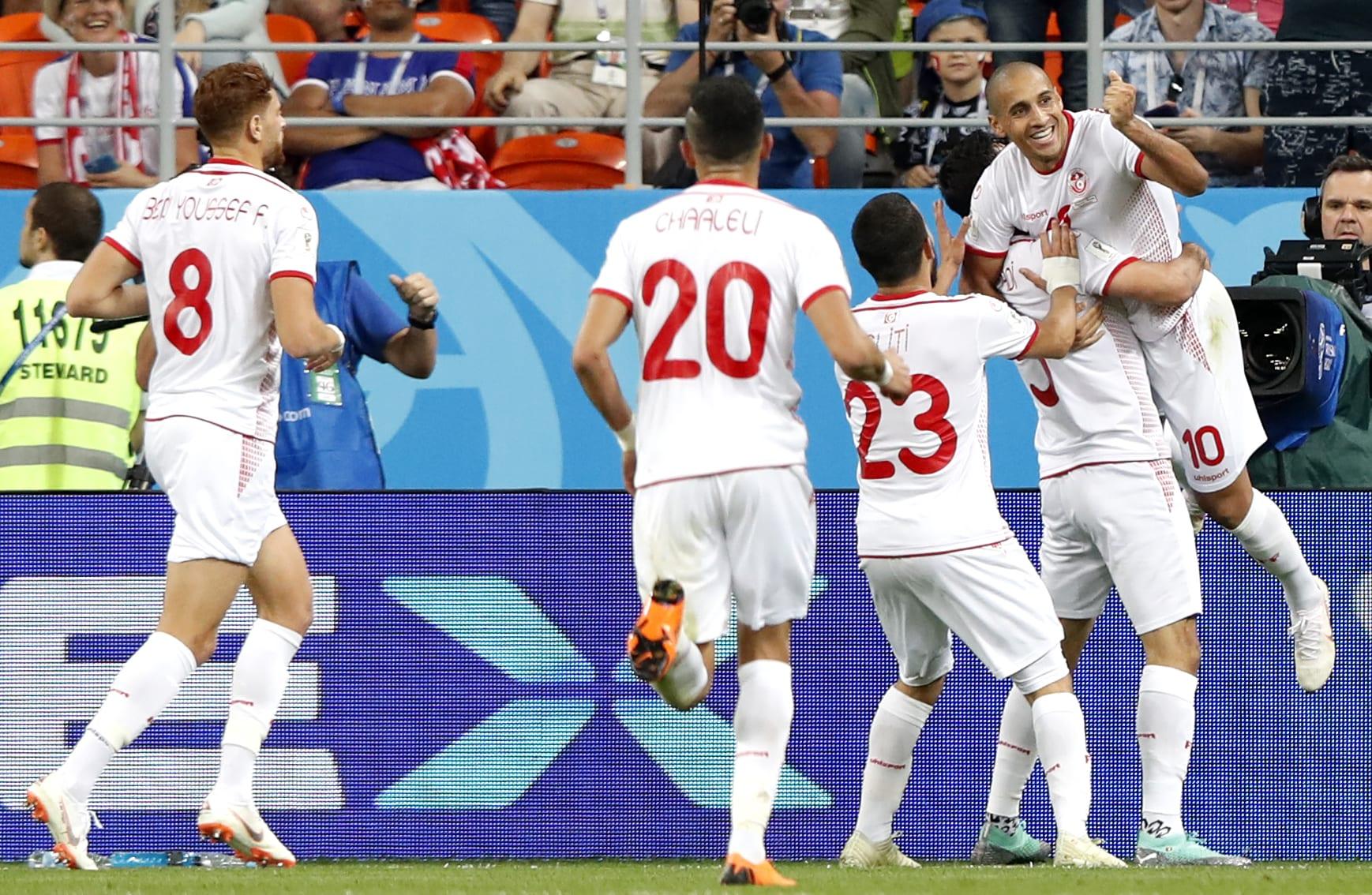 Tunisian pelaajat juhlivat