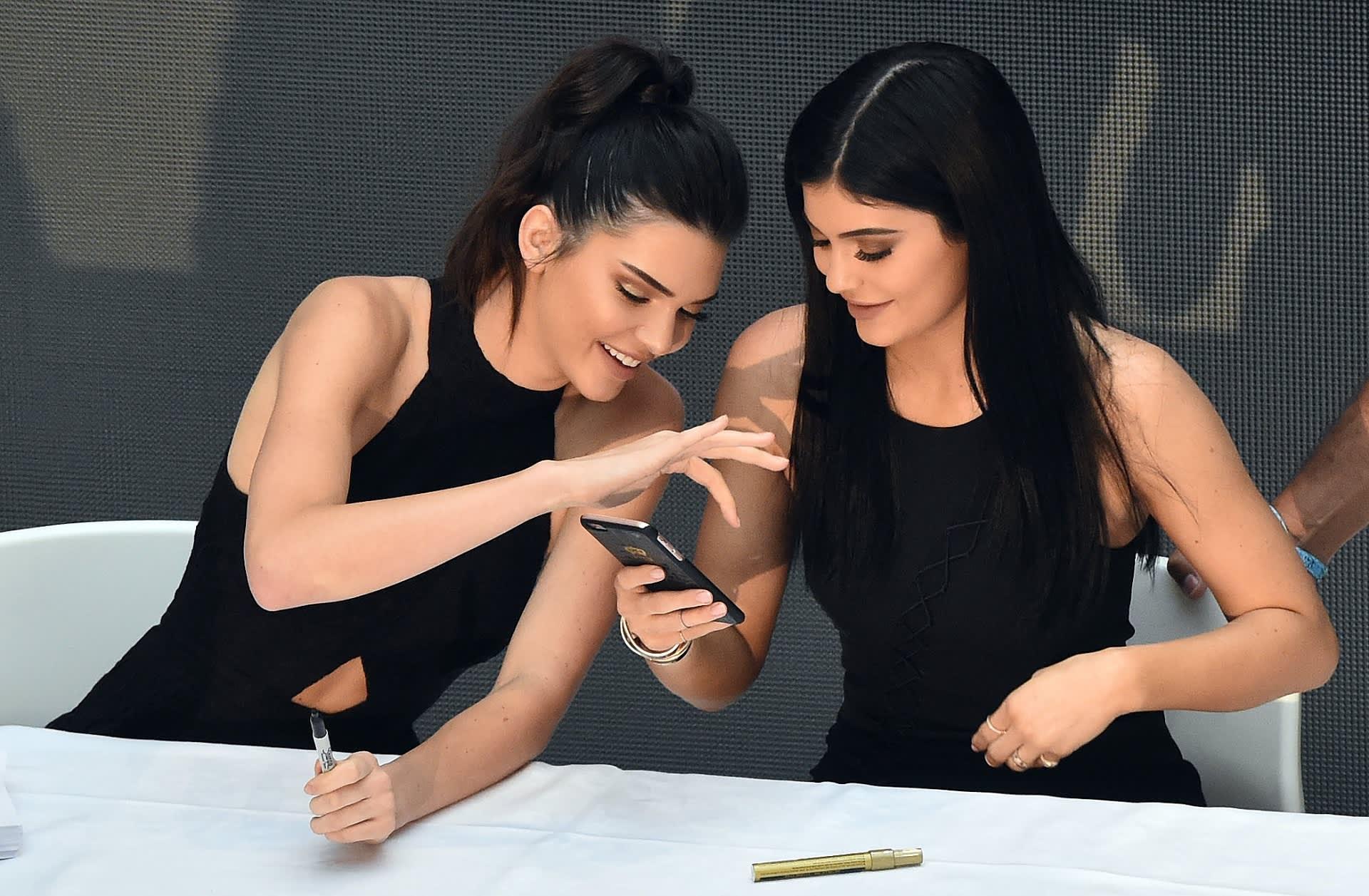 Kendall ja Kylie Jenner
