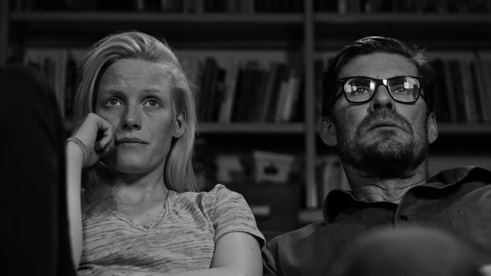 Laura Birn ja Tommi Korpela Tyhjiö-elokuvan pääosissa.