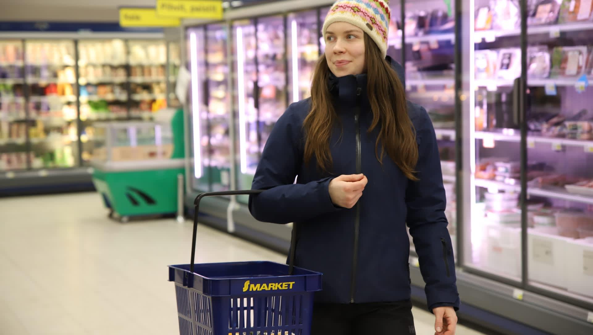 Roosa-Maria Lehtio ostoksilla