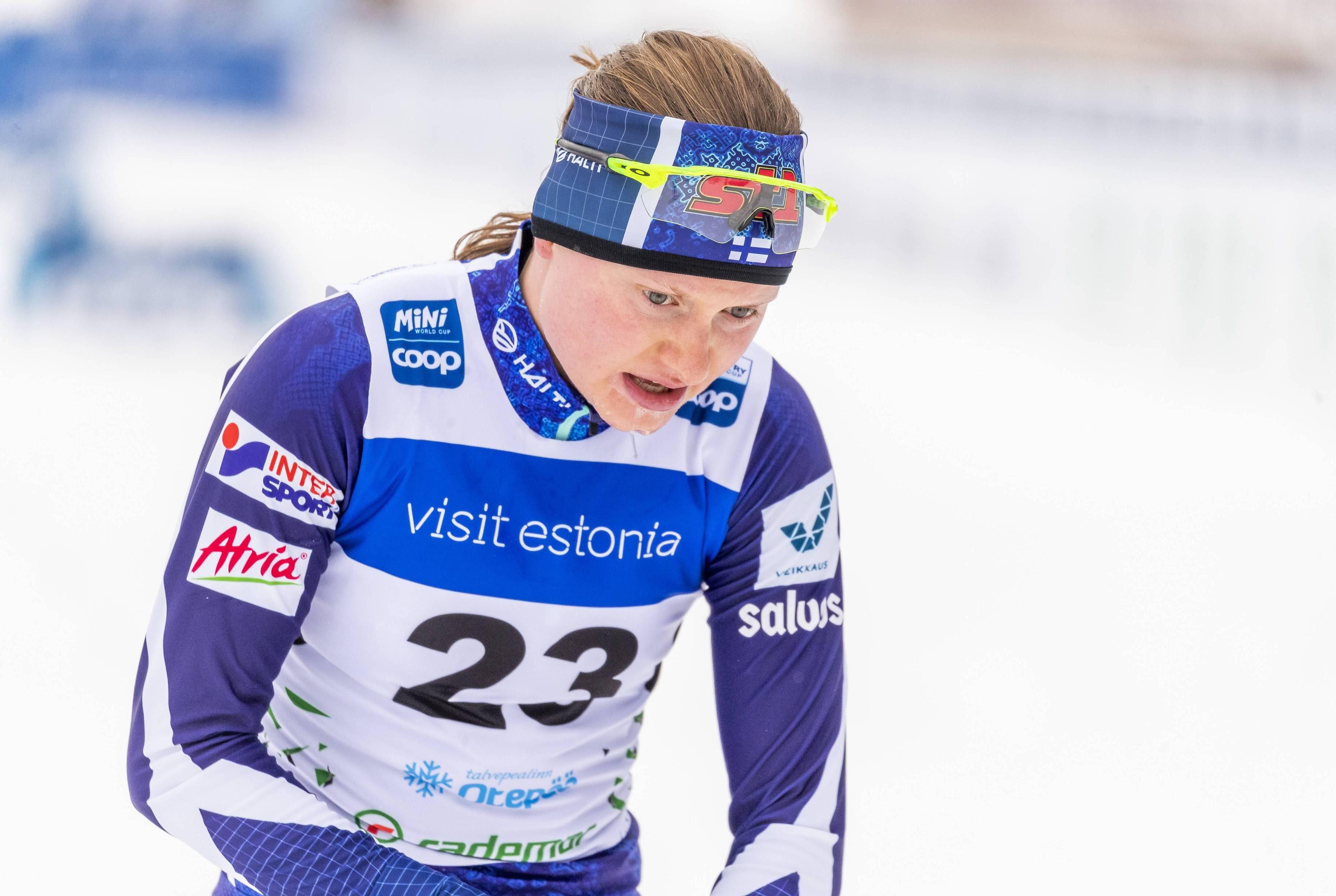 Johanna Matintalo oli väsynyt mutta tyytyväinen päästyään maaliin Otepään 10 kilometrillä.
