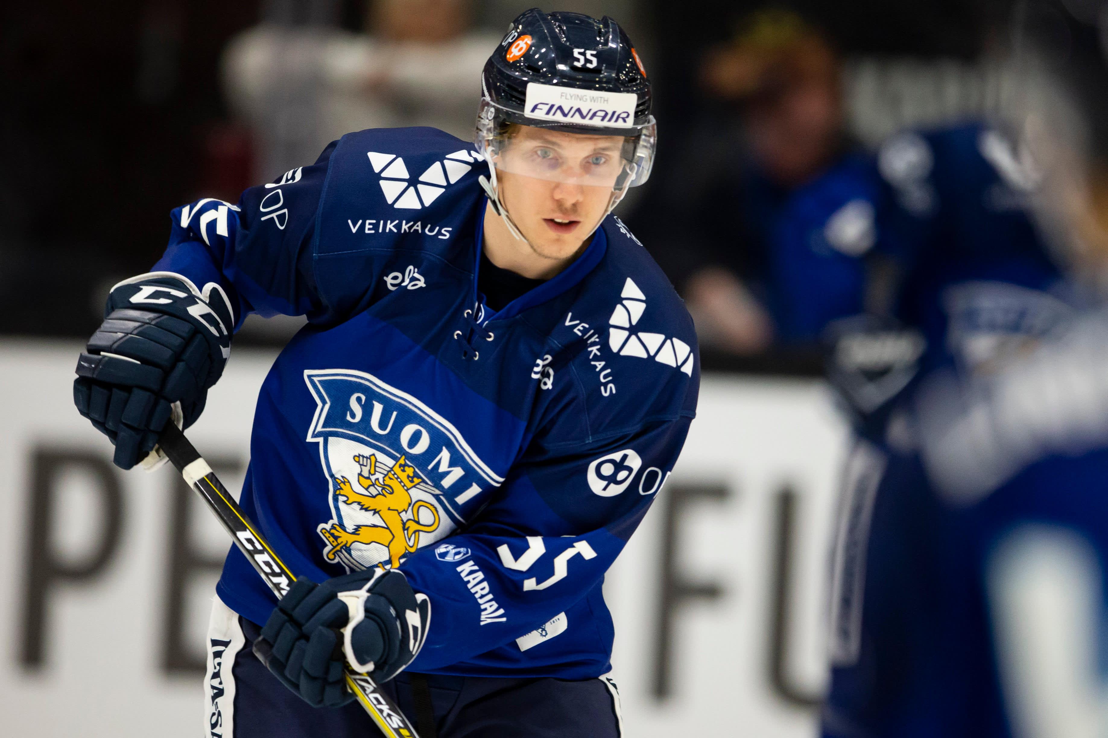 Miika Koivisto on jääkiekon maailmanmestari ja lisäksi Suomen sekä Ruotsin kiekkomestari