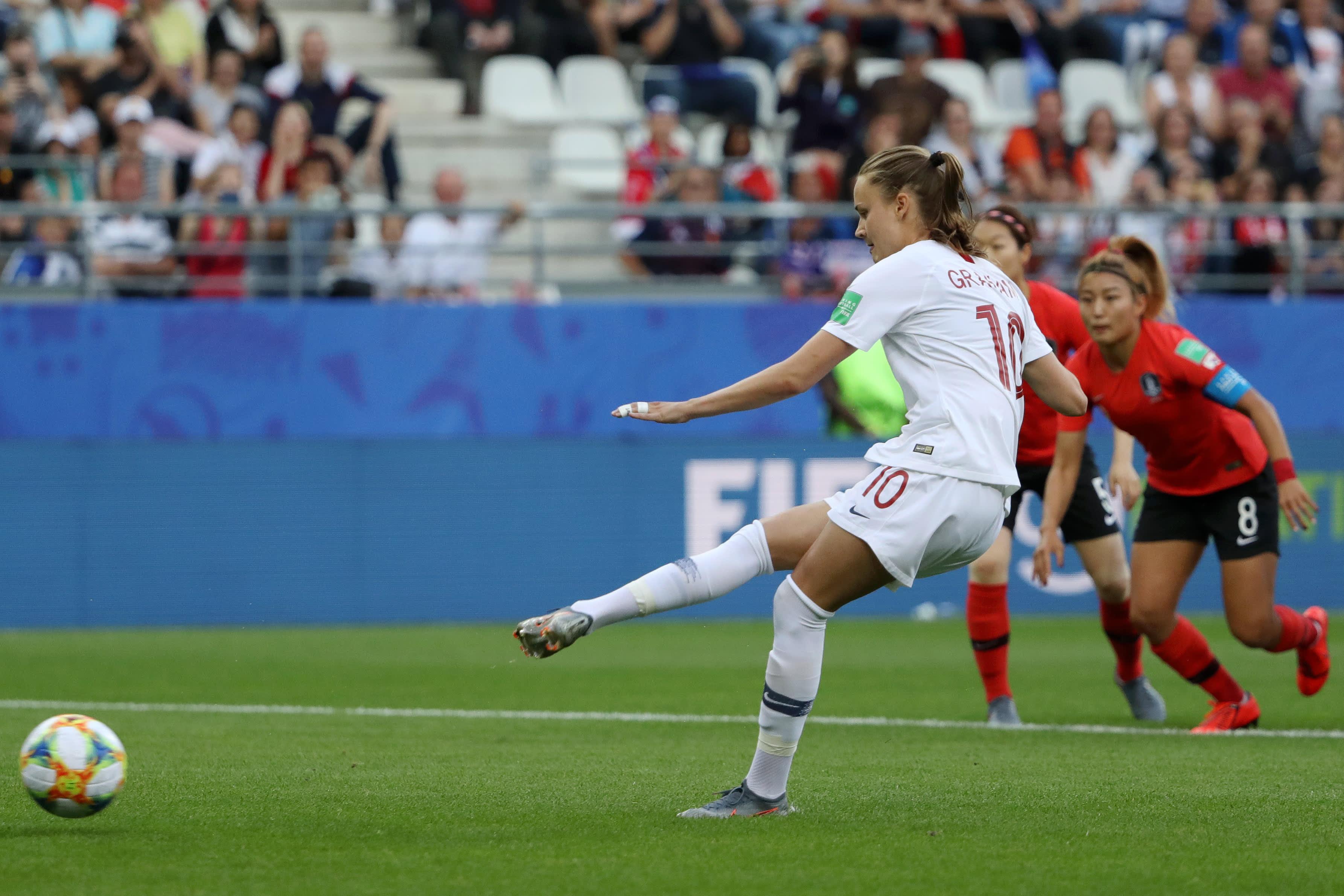 Caroline Graham Hansen viimeisteli maalin Etelä-Korean verkkoon.