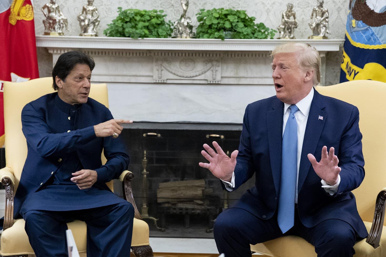 Trump ja Khan tapasivat Washingtonissa.