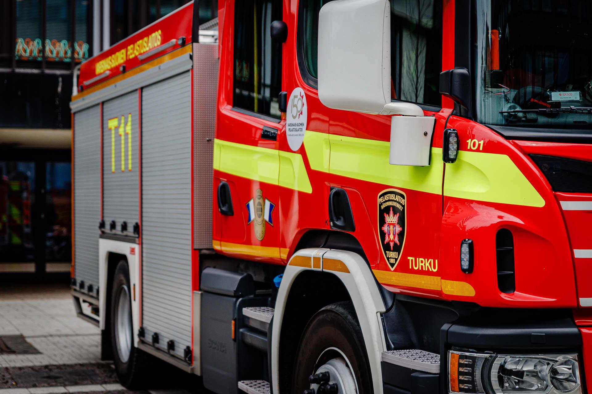 Varsinais-suomen pelastuslaitoksen paloauto